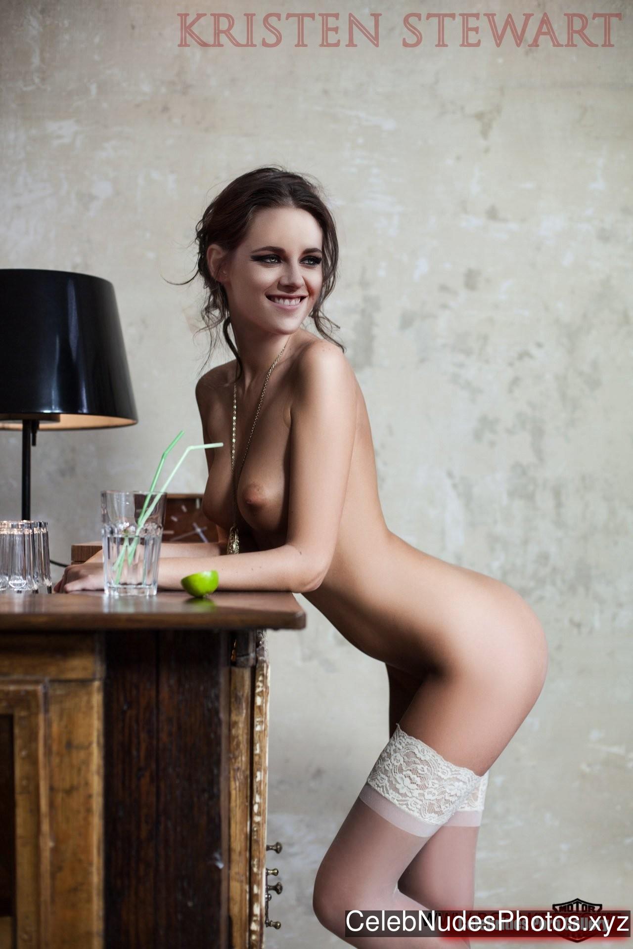 Kristen Stewart Free Nude Celeb sexy 11