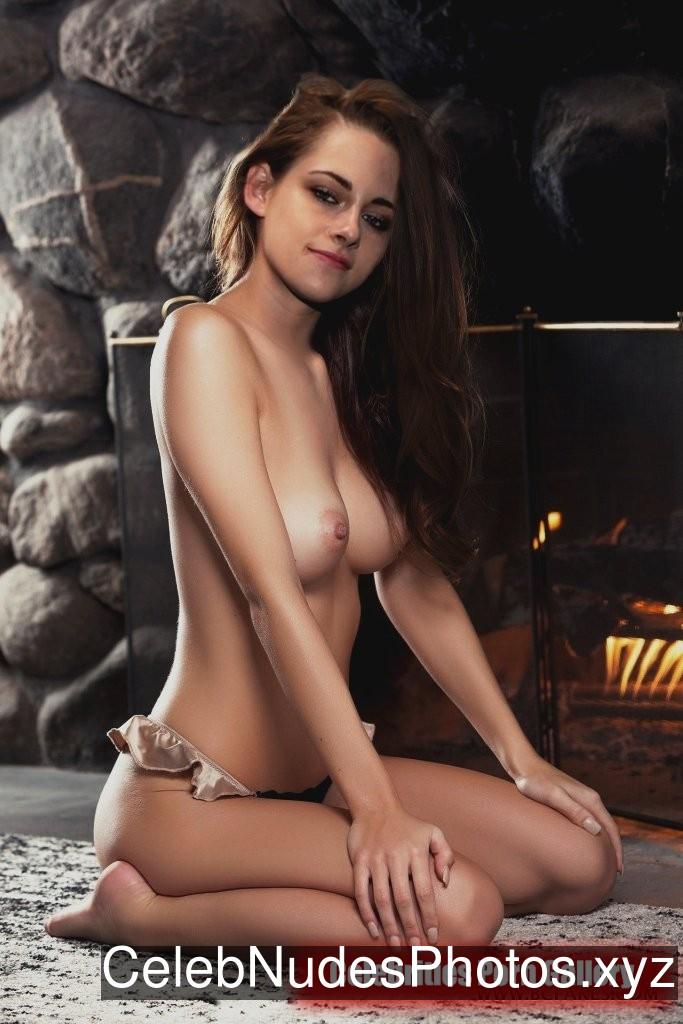 Kristen Stewart Famous Nude sexy 20