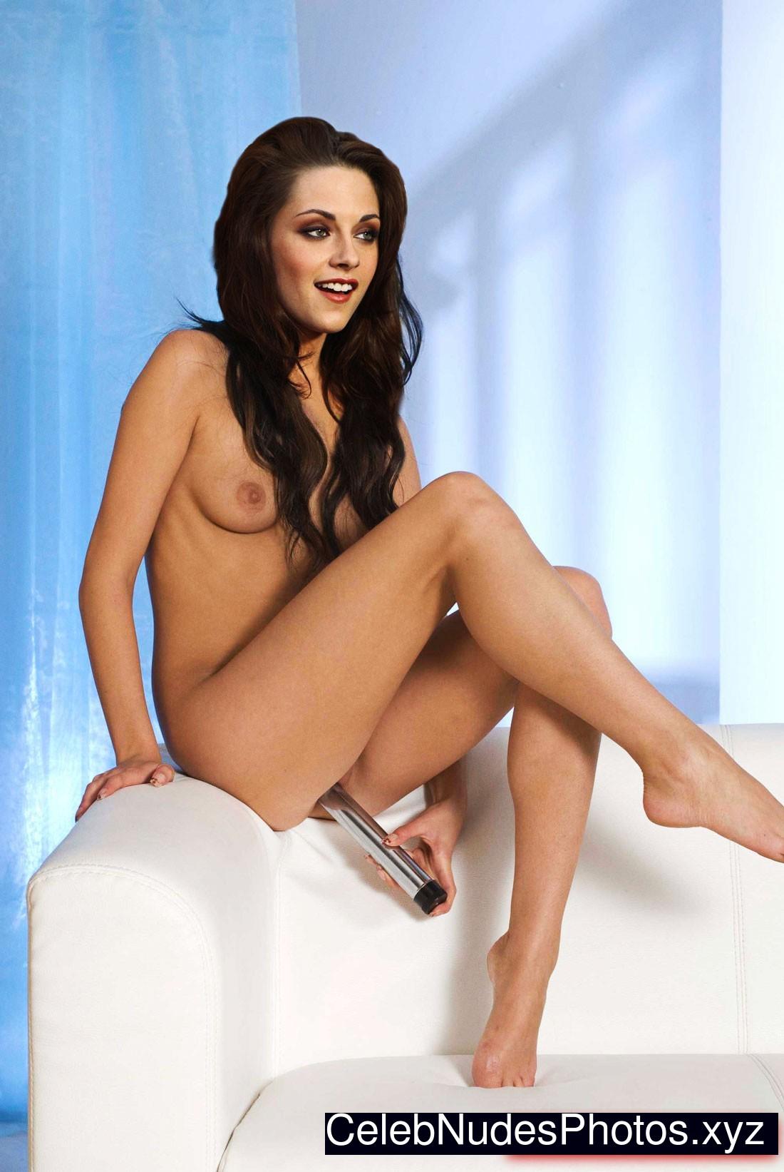 Kristen Stewart Celeb Nude sexy 24