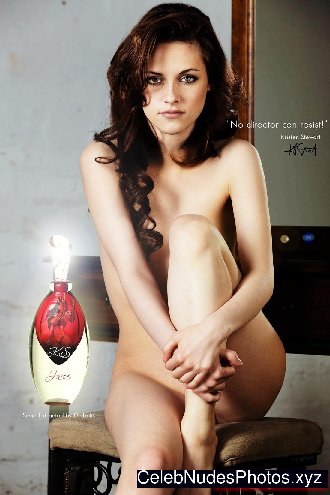 Kristen Stewart Naked Celebrity Pic sexy 26