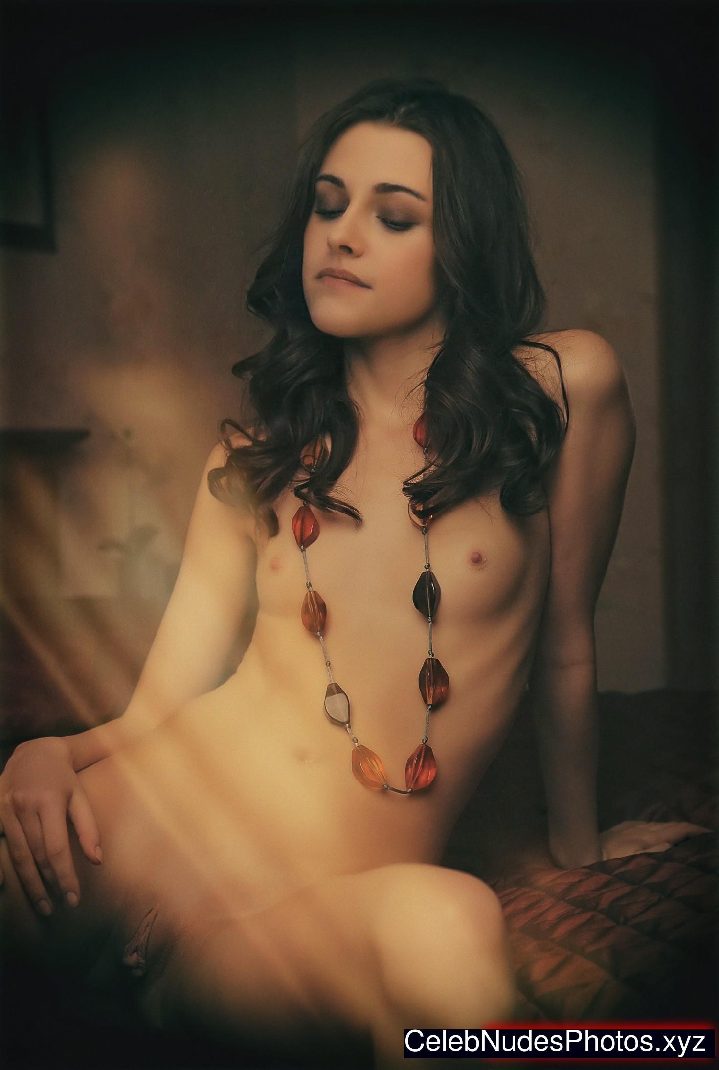 Kristen Stewart Newest Celebrity Nude sexy 24