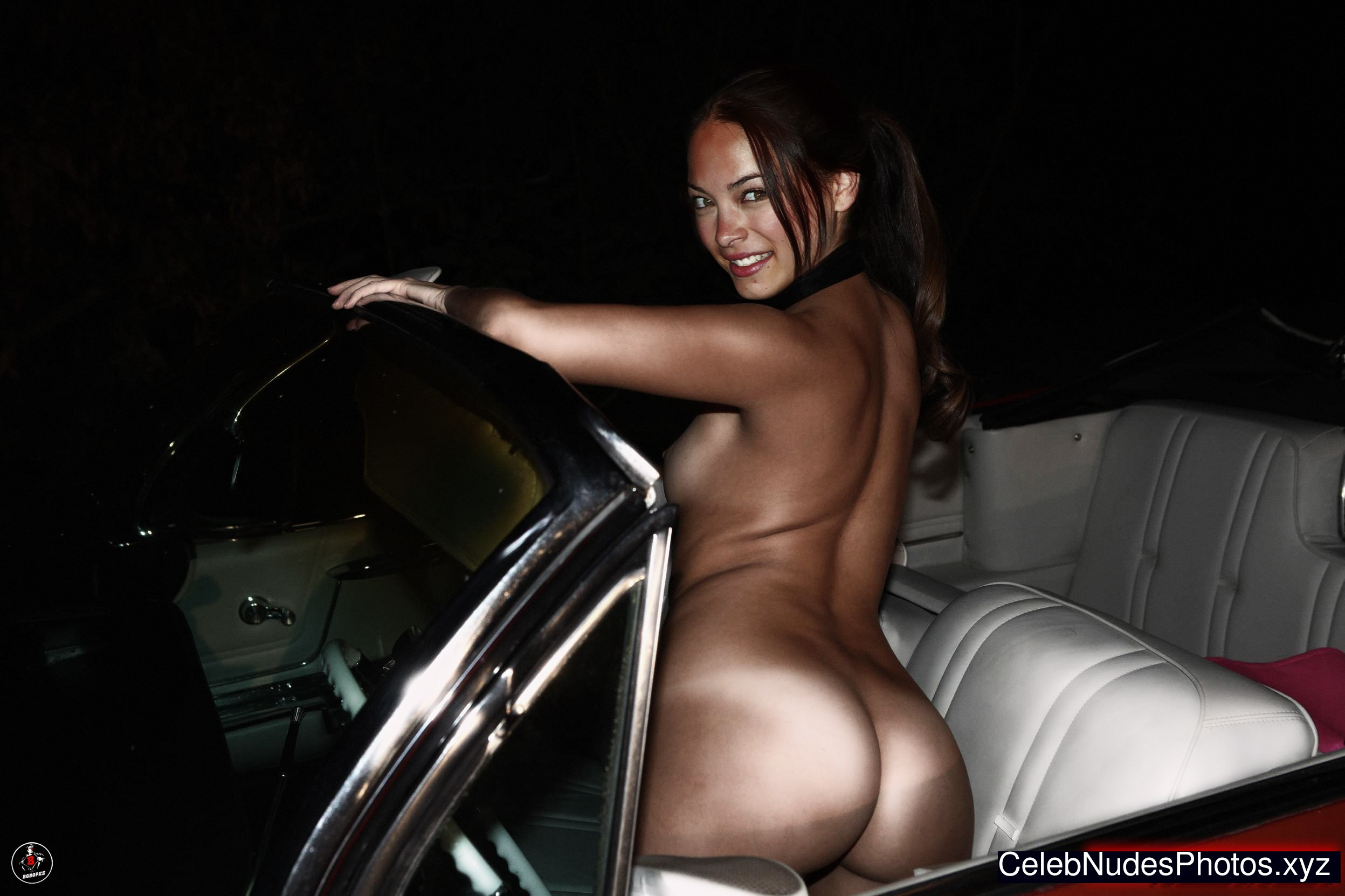 Kristin Kreuk Nude Celeb sexy 7