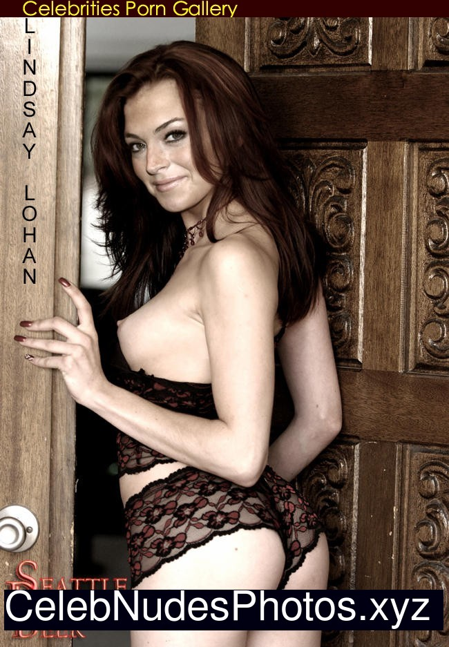 Lindsay Lohan Nude! - Videos Porno Gratis - YouPorn