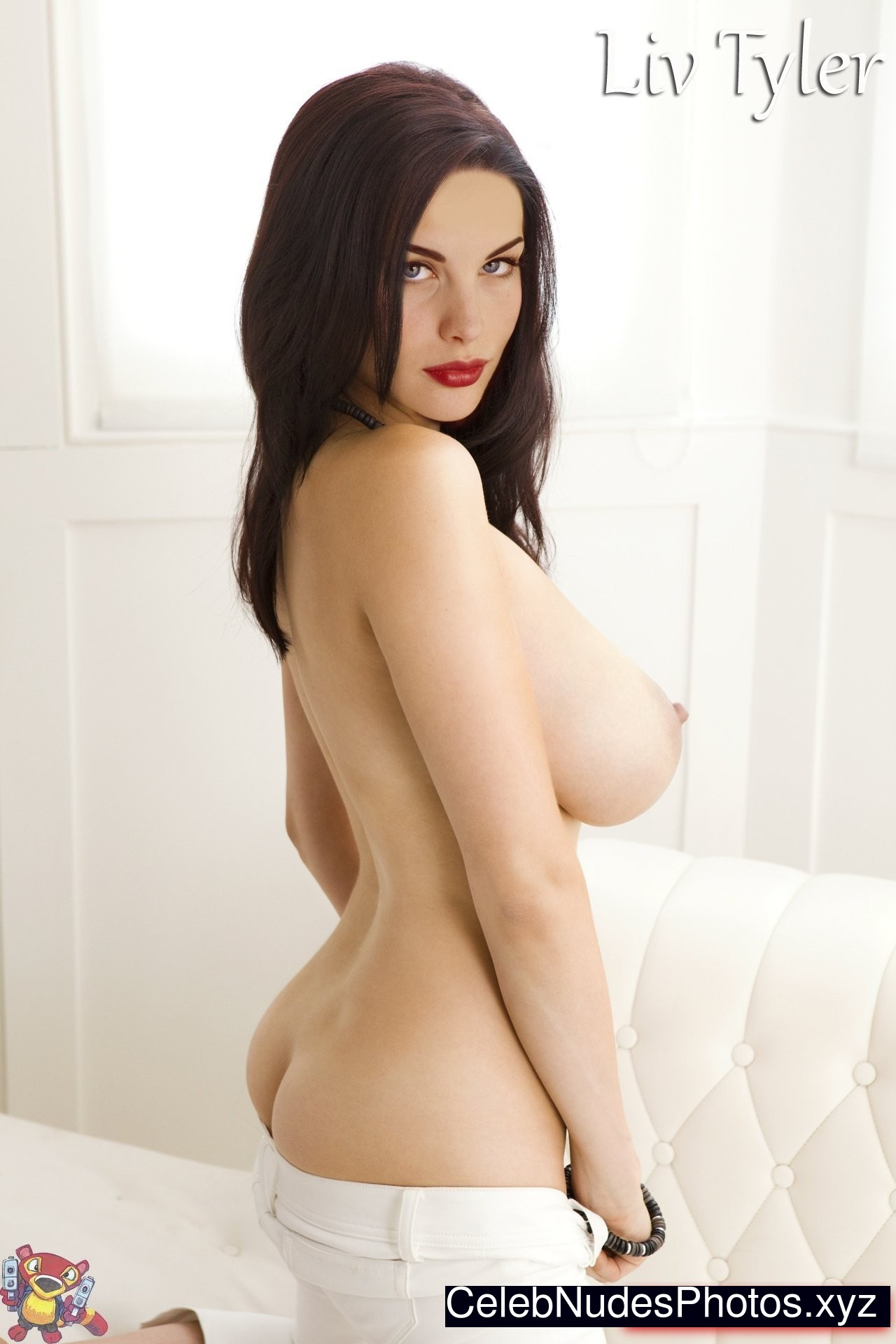 free naked liv tyler pictures