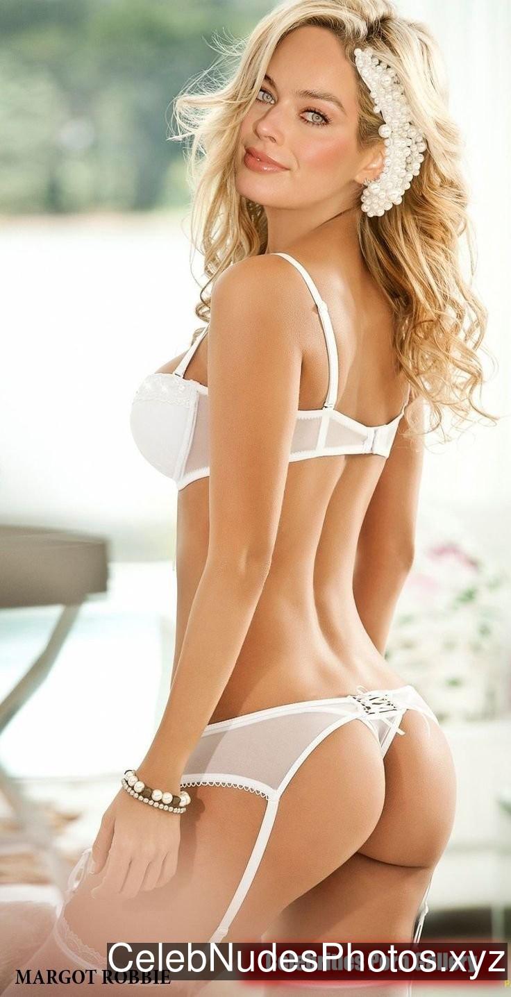 Margot Robbie Celebrity Leaked Nude Photo sexy 12
