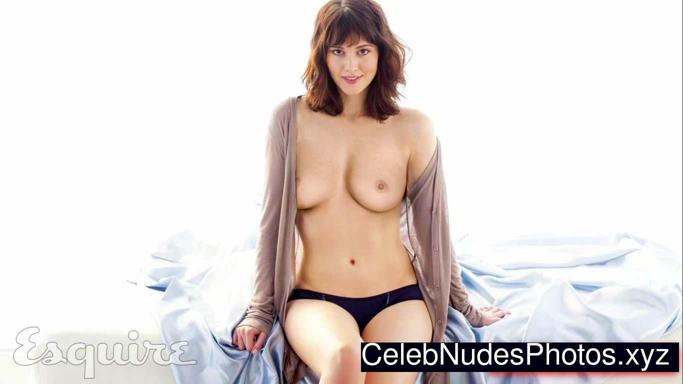 winstead topless elizabeth Mary