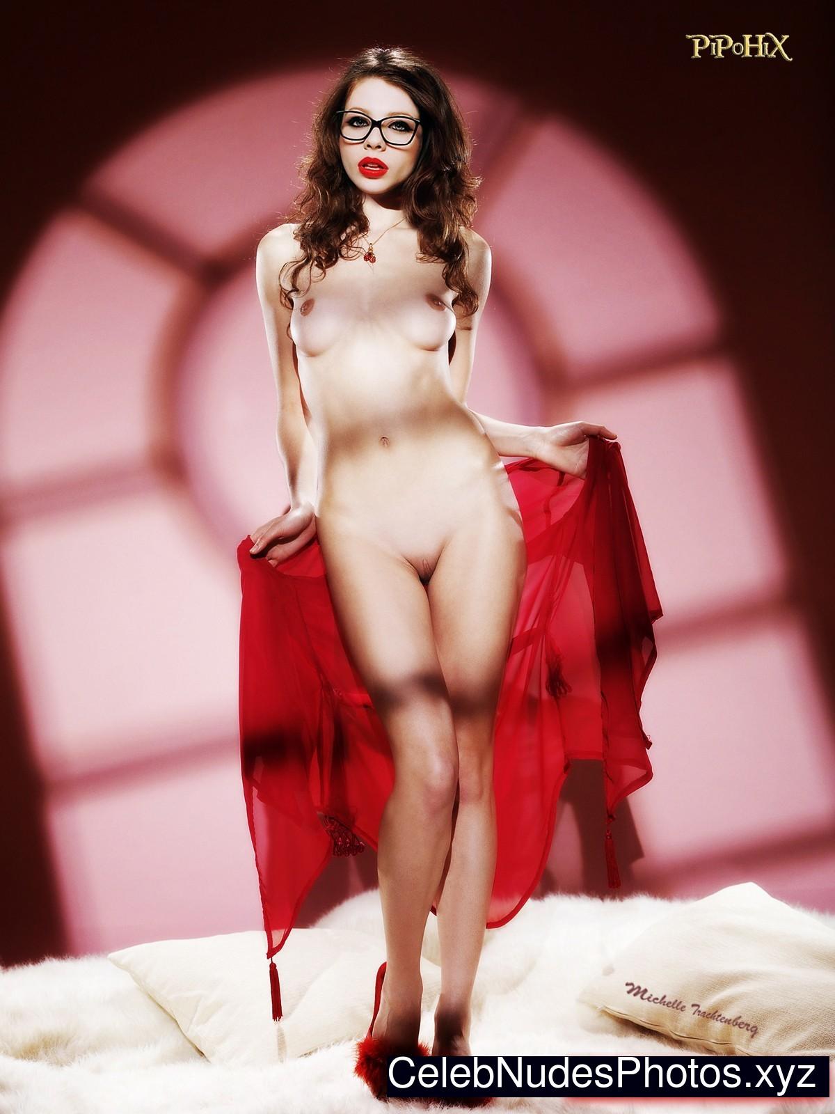 Michelle Trachtenberg Free Nude Celeb sexy 6