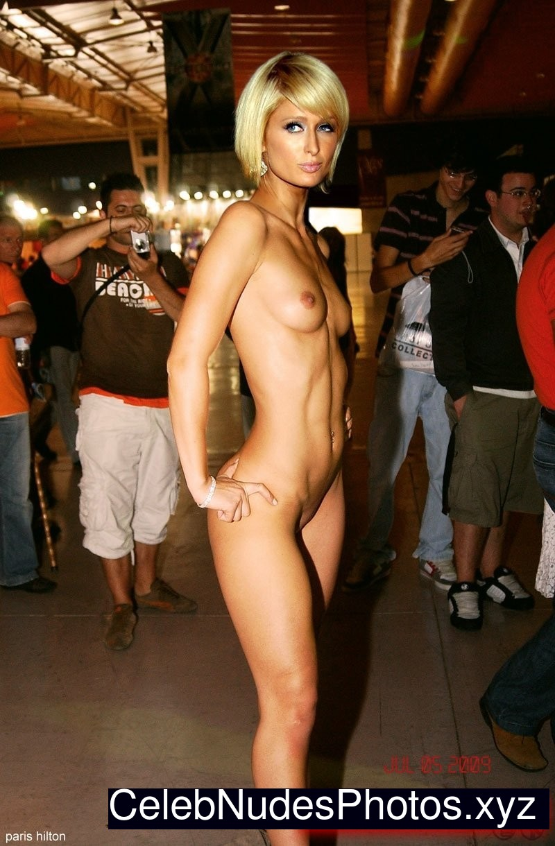 paris hilton naked tits