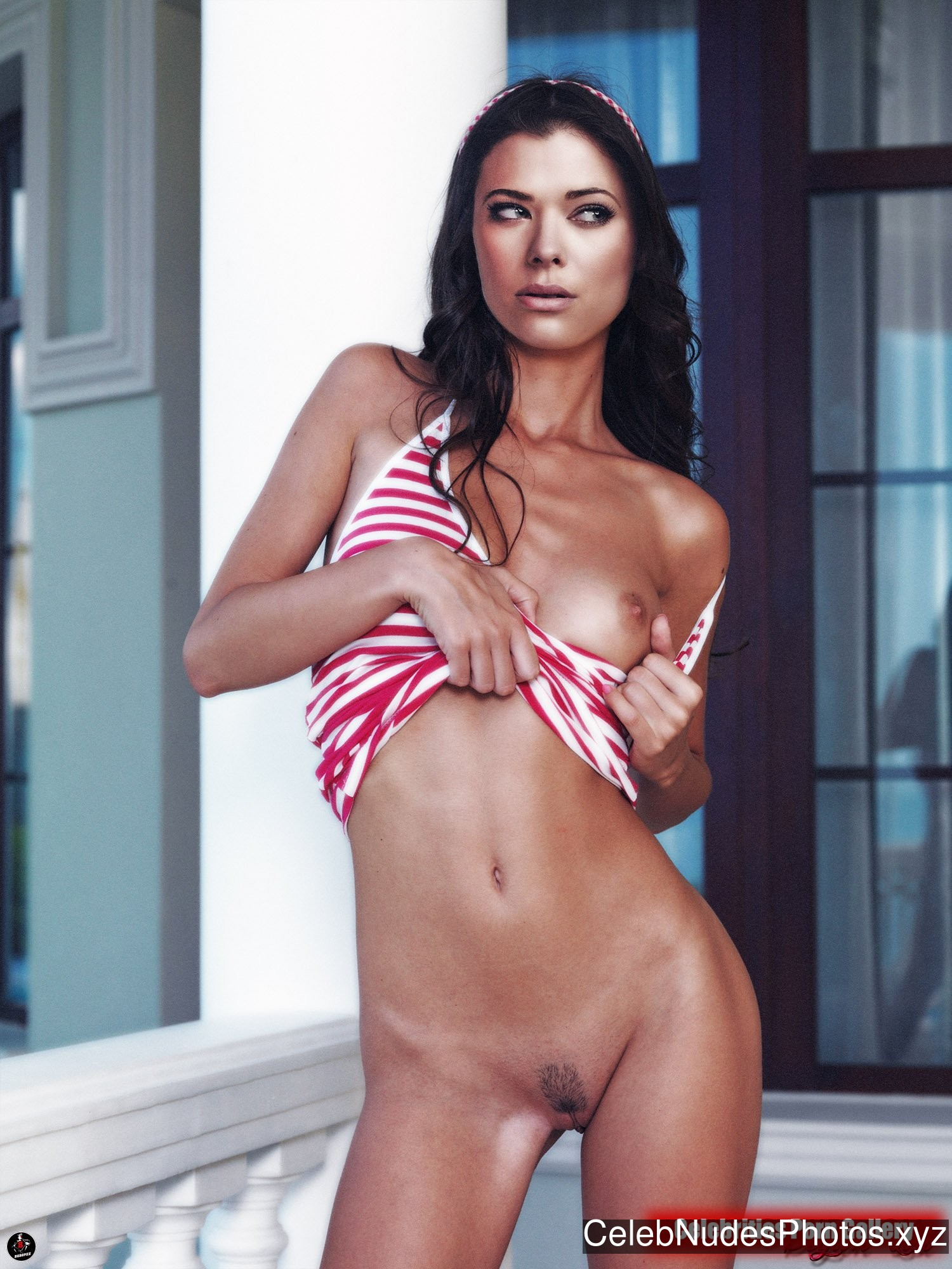 Peyton List Nude Celeb sexy 31