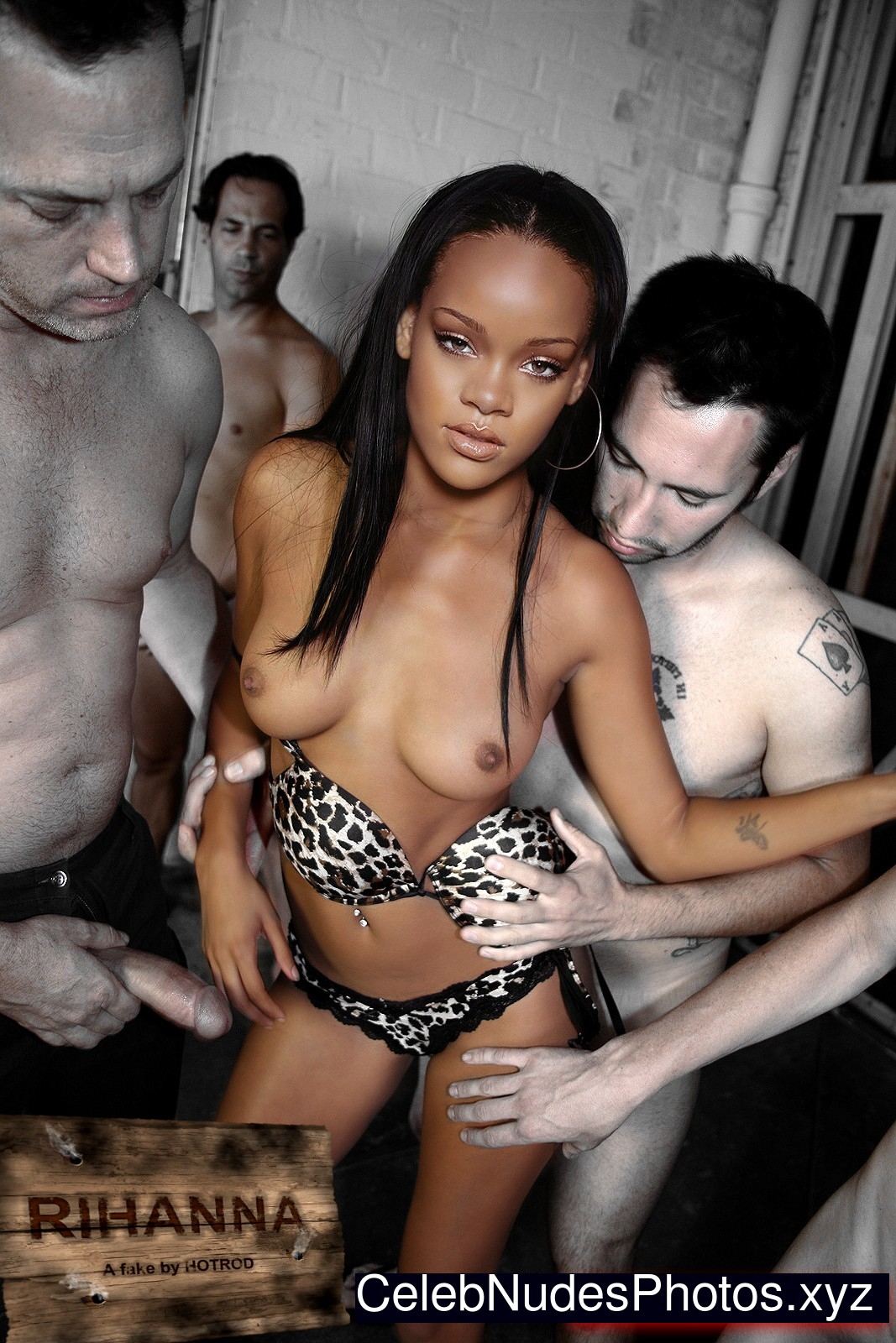 Rihanna Celebrity Nude Pic sexy 5