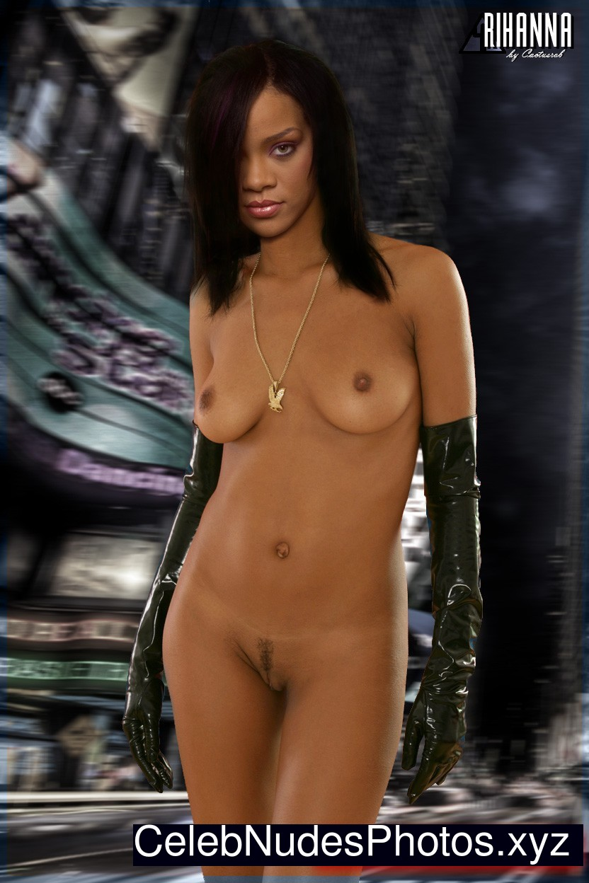 Rihanna Celebrity Leaked Nude Photo sexy 10