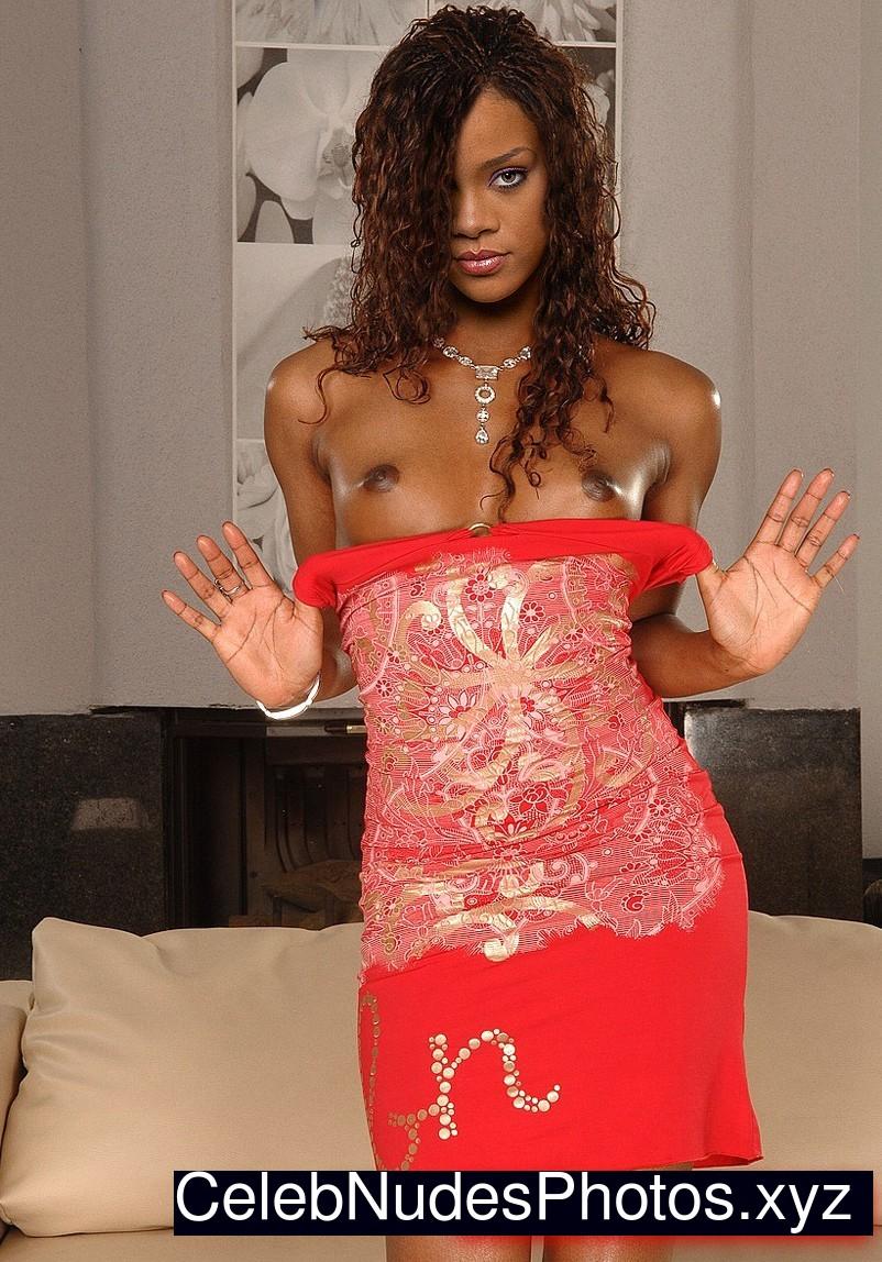 Rihanna Free Nude Celeb sexy 11