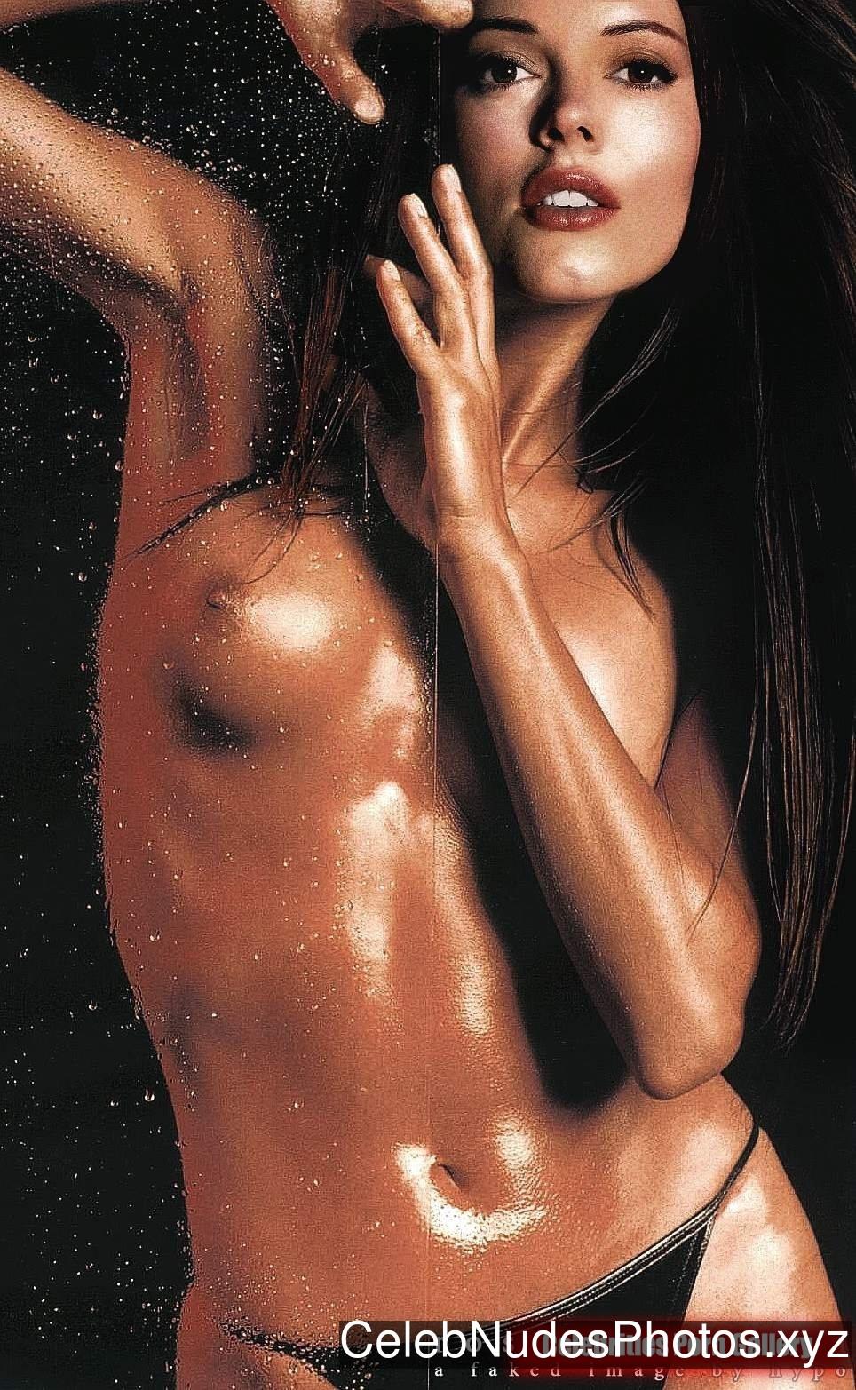 Rose McGowan Nude Celeb sexy 7