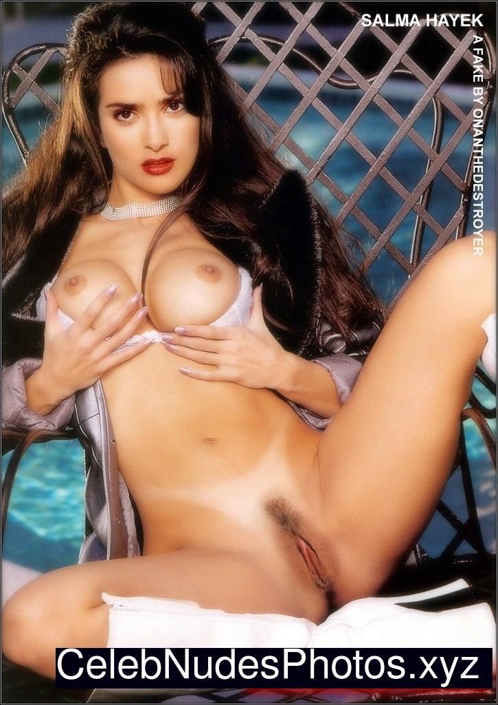 Free nude pics of salma hayek that