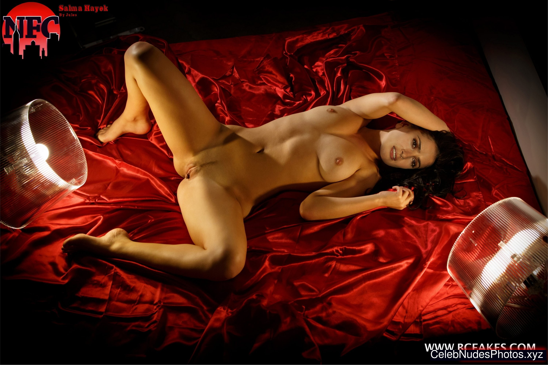 That Hot and nude salma hayek seems