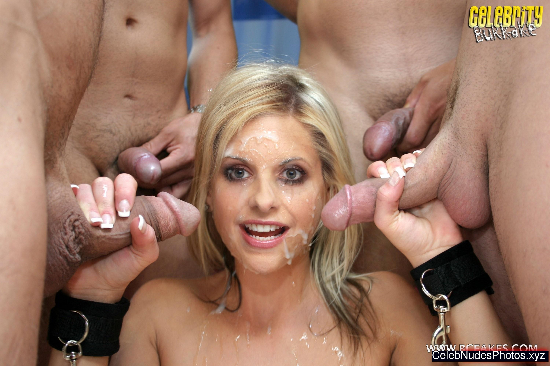 Sarah Michelle Gellar Best Celebrity Nude sexy 14