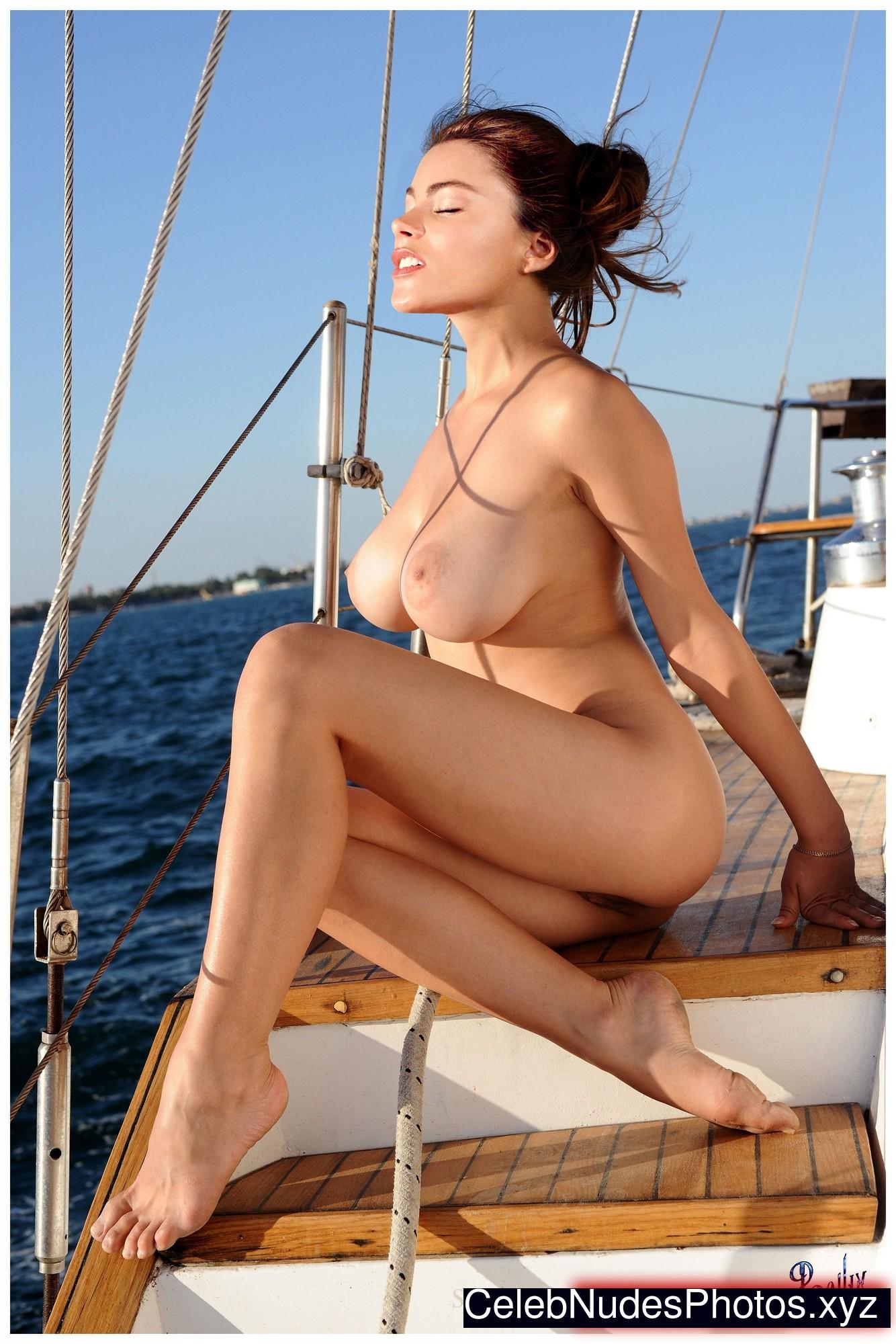 Sofia Vergara Naked Celebrity sexy 7