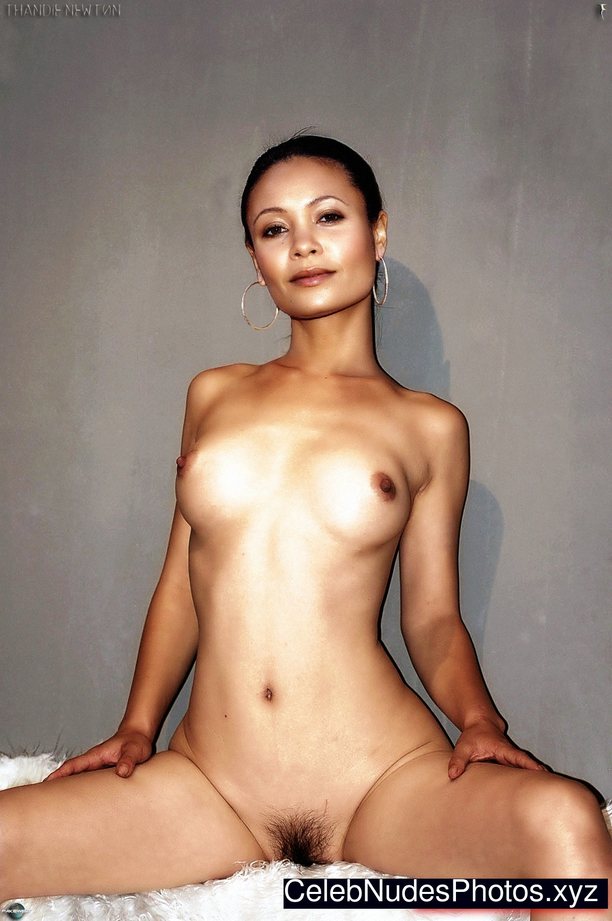 Thandie Newton Naked Celebrity sexy 2