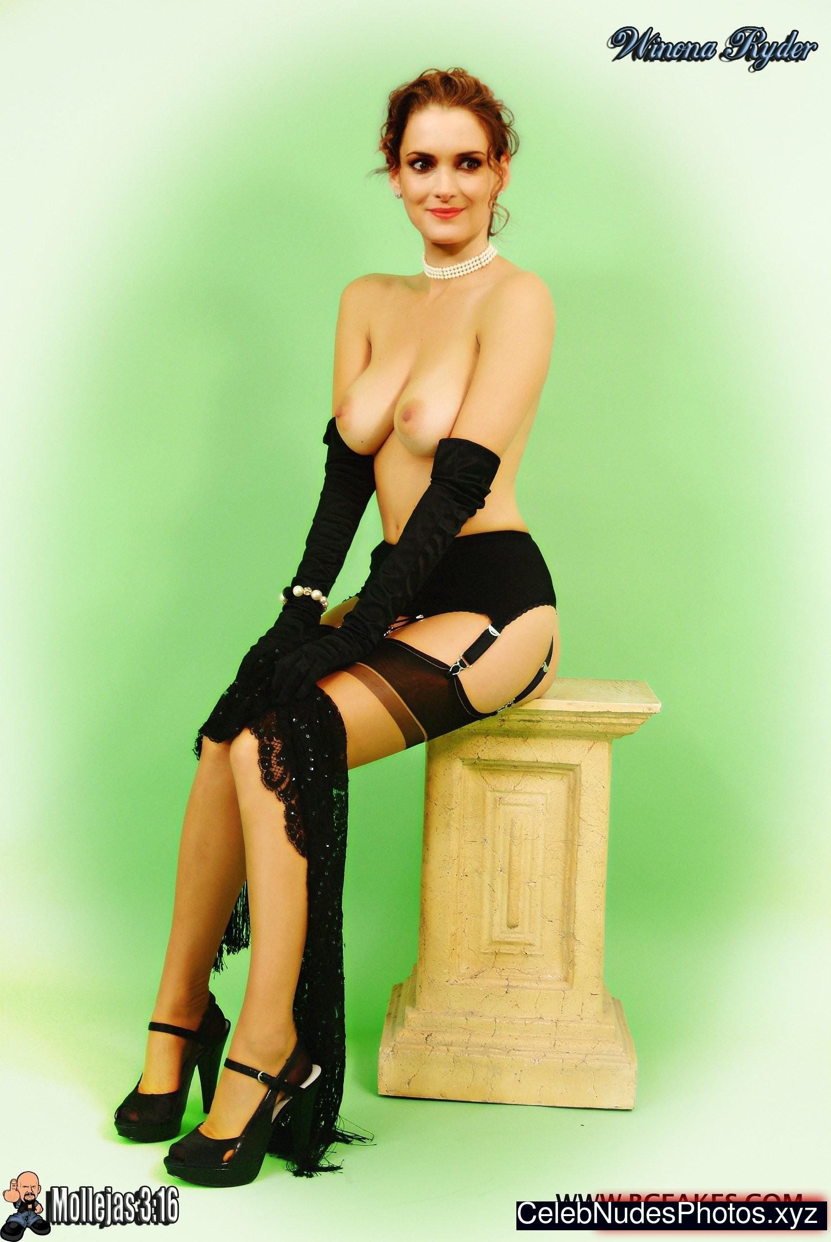 Claudia romani sexy 63 pics nude (89 image)