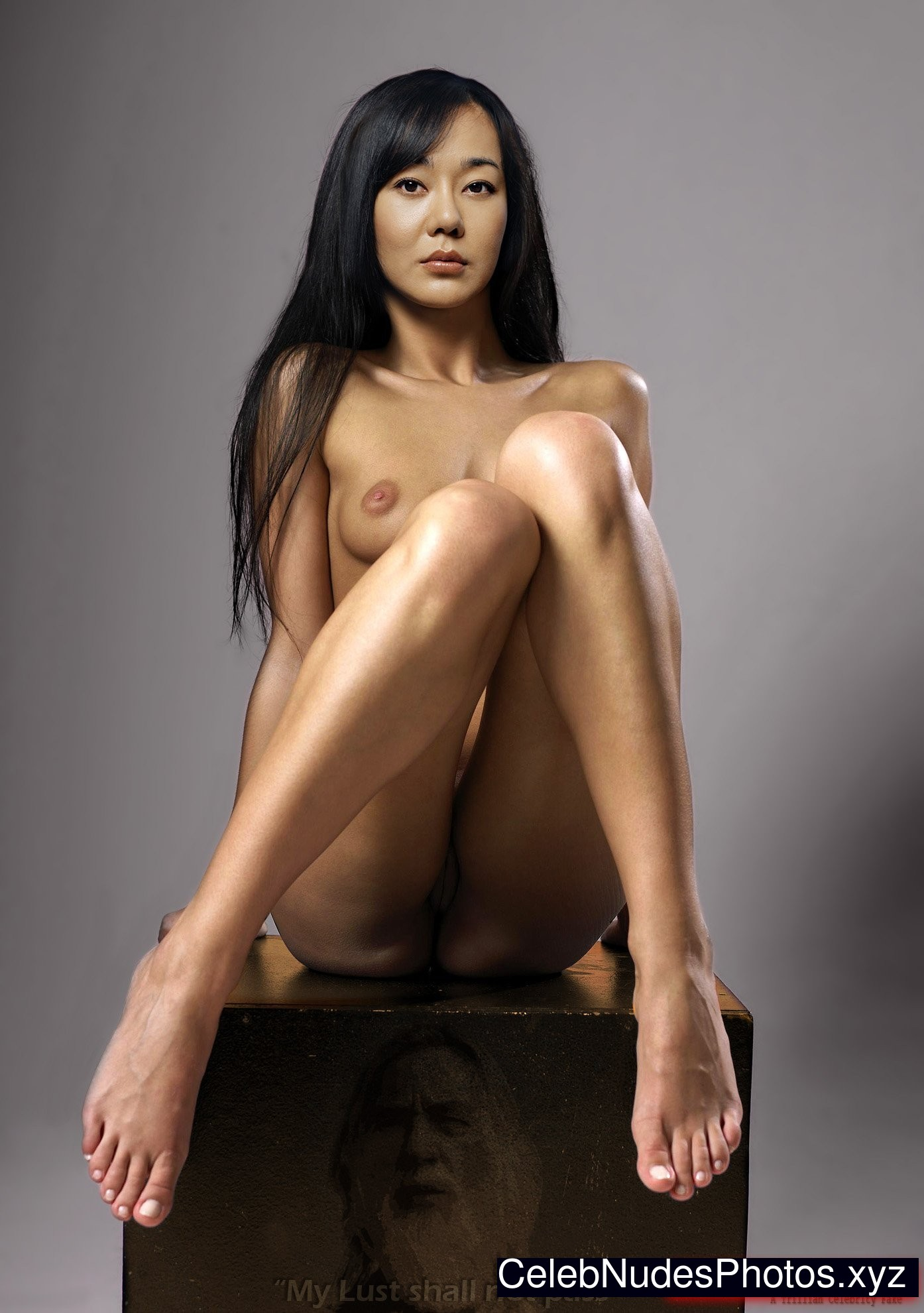 yunjin kim hot naked photos