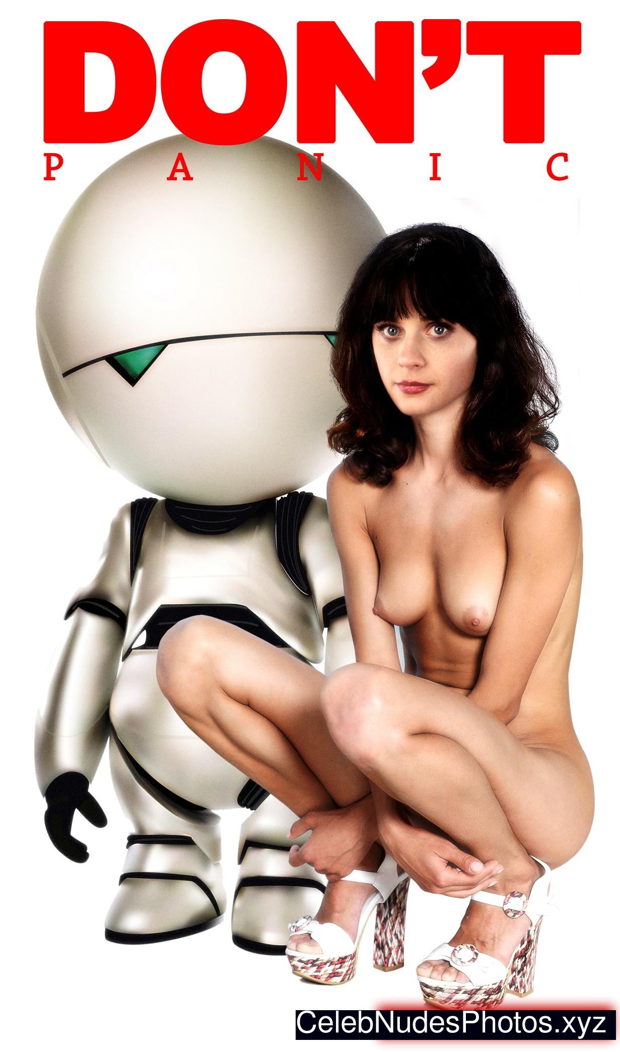 Zooey Deschanel Free Nude Celeb sexy 11