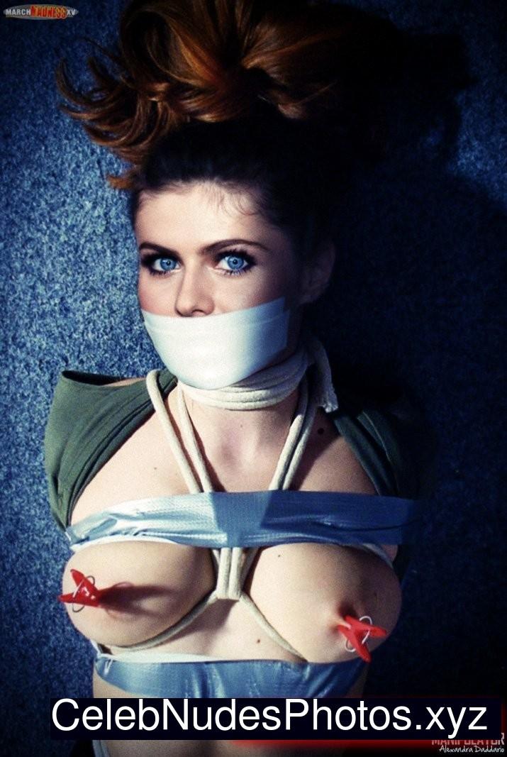 Alexandra Daddario fake nude celebs