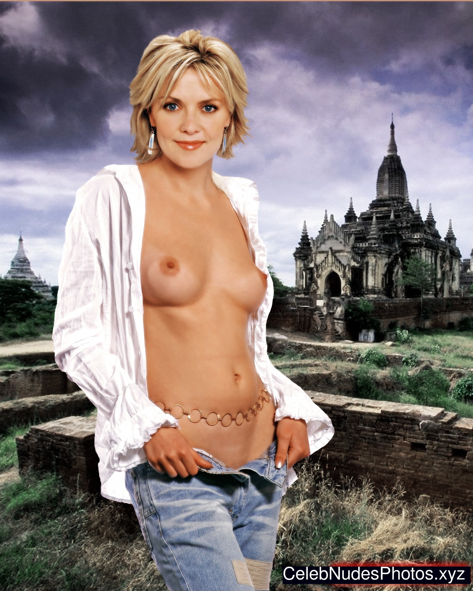 Amanda Tapping naked celebrity pictures