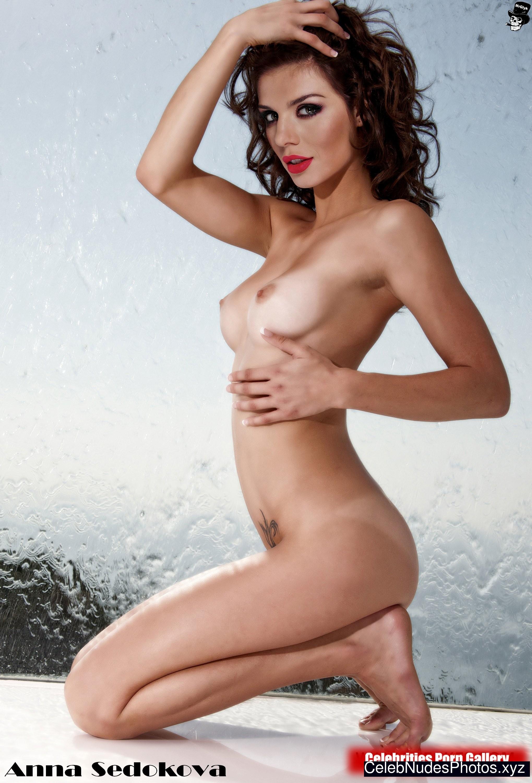 Anna Sedokova free nude celeb pics