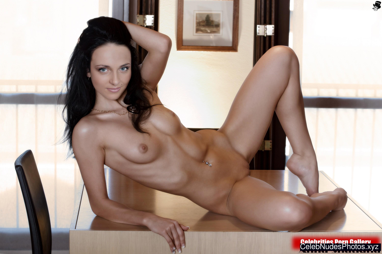 Anna Snatkina naked celebrity pictures
