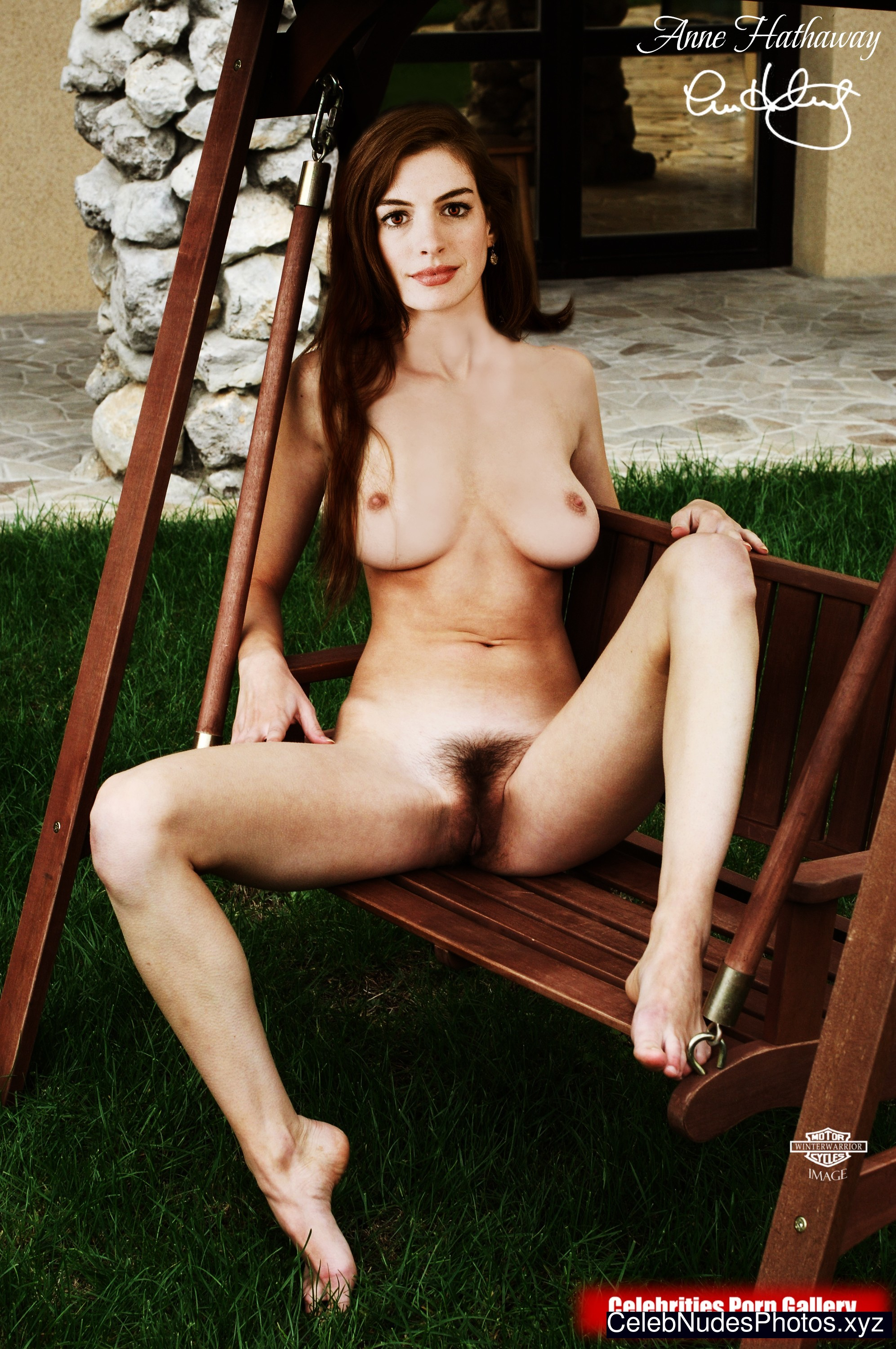 Anne Hathaway nude celebrity pics