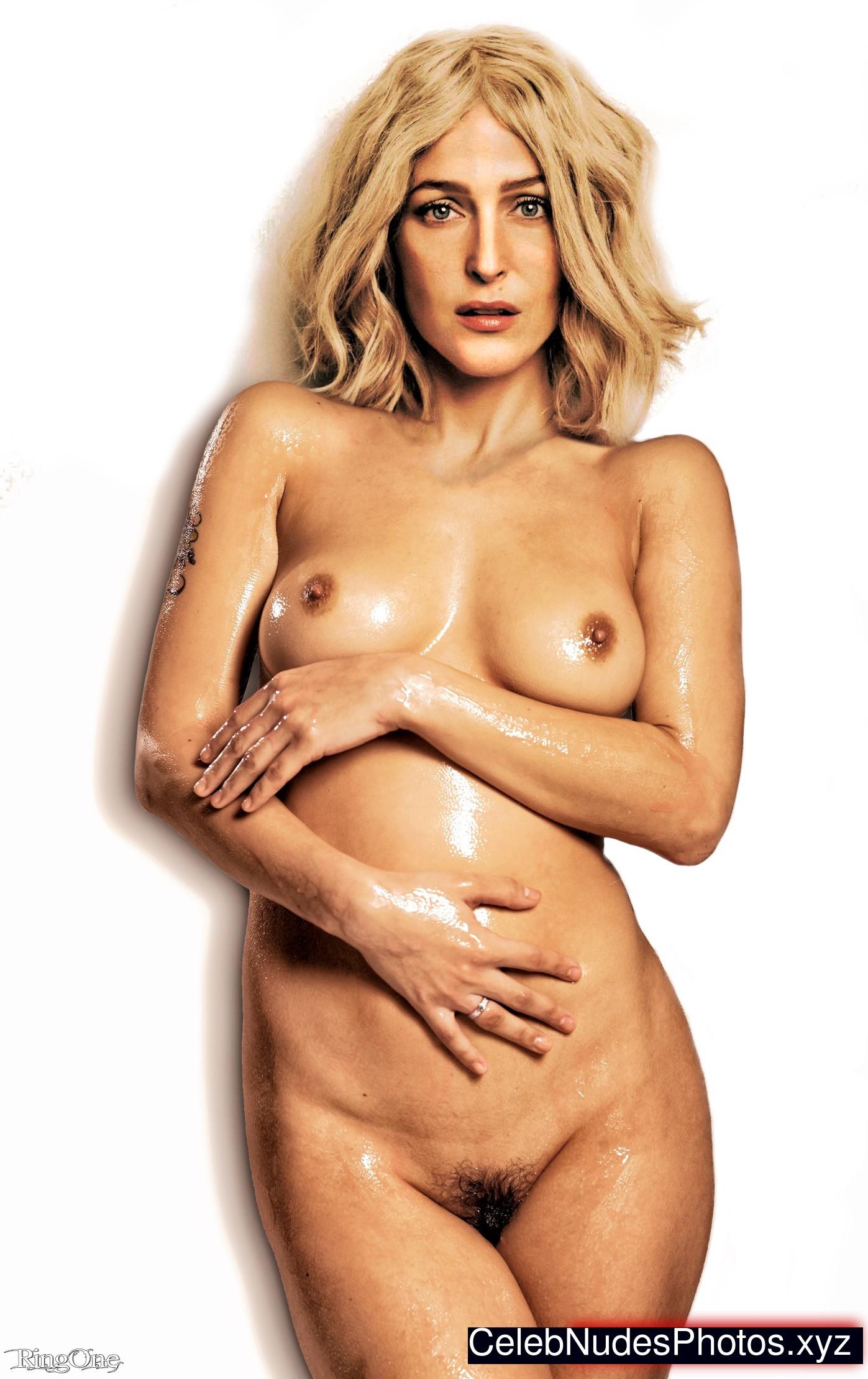 Gillian Anderson celebrity nudes