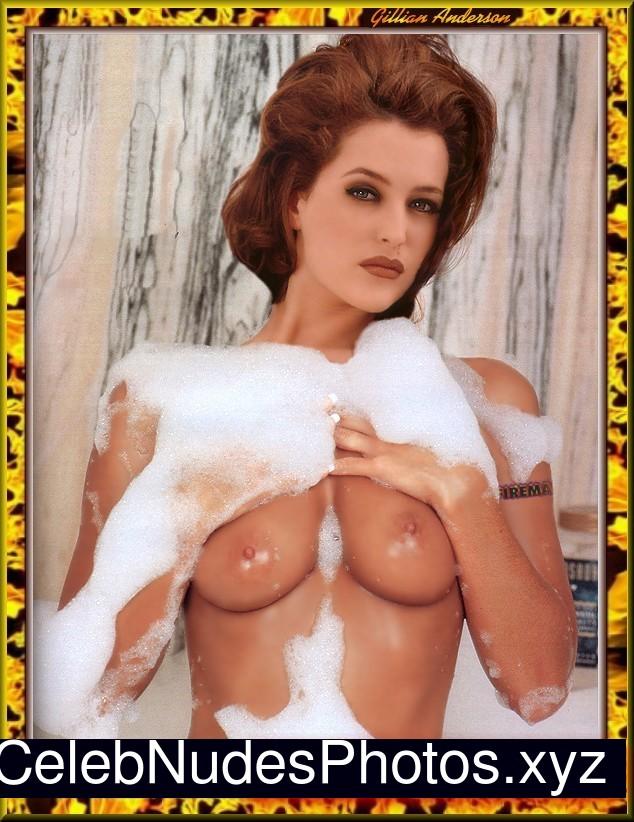 Gillian Anderson nude celebrity pics