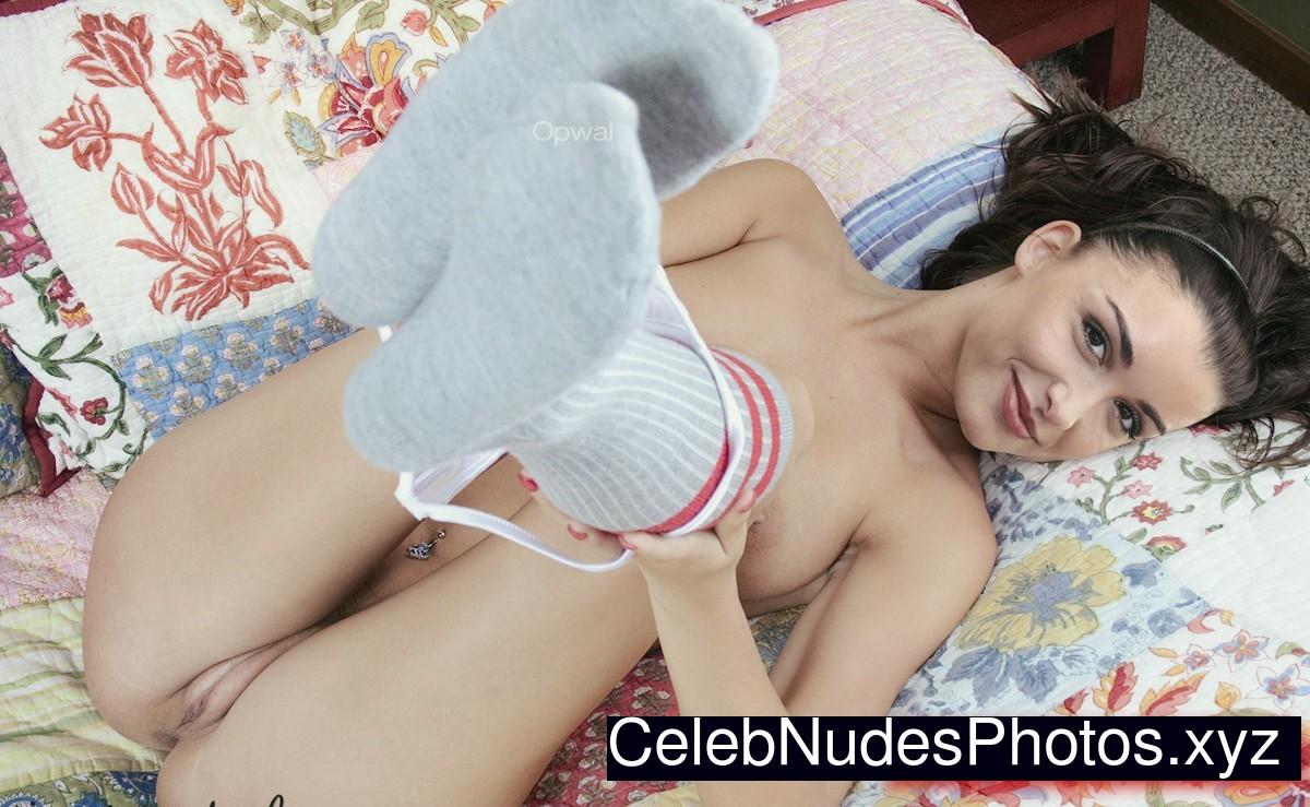 Jenifer Bartoli naked celebrity pics