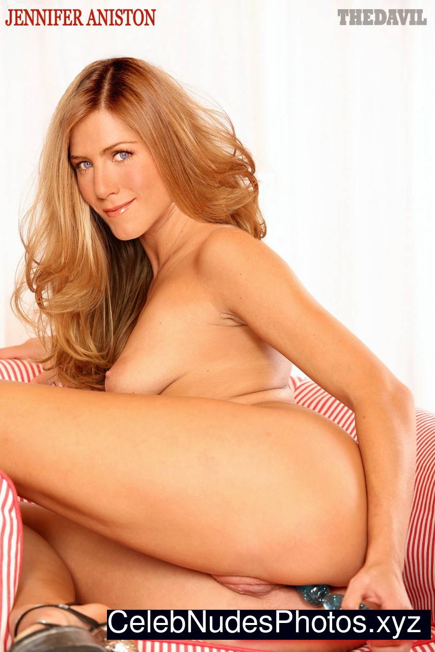 Jennifer Aniston celebrities naked