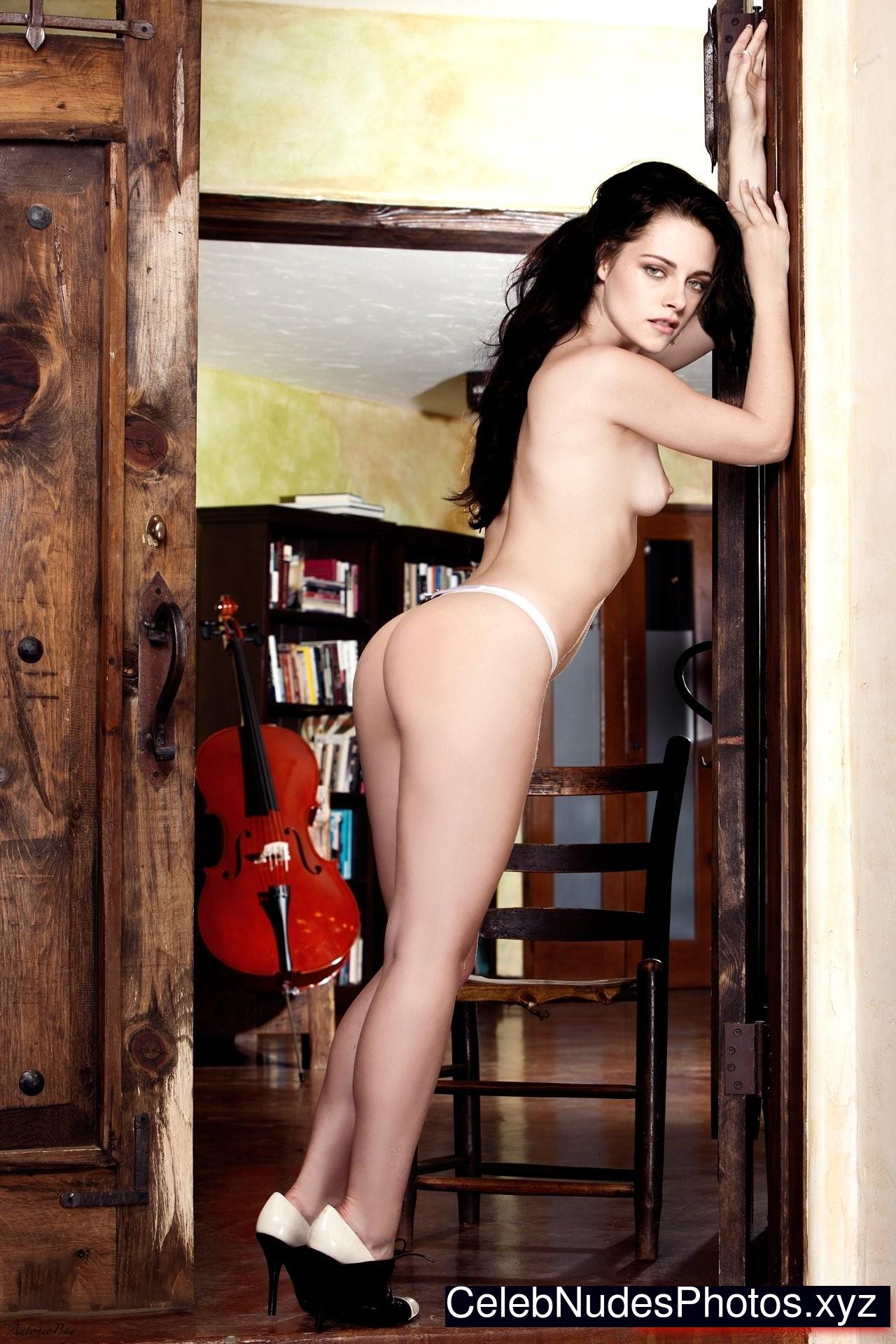 Kristen Stewart nude celebs