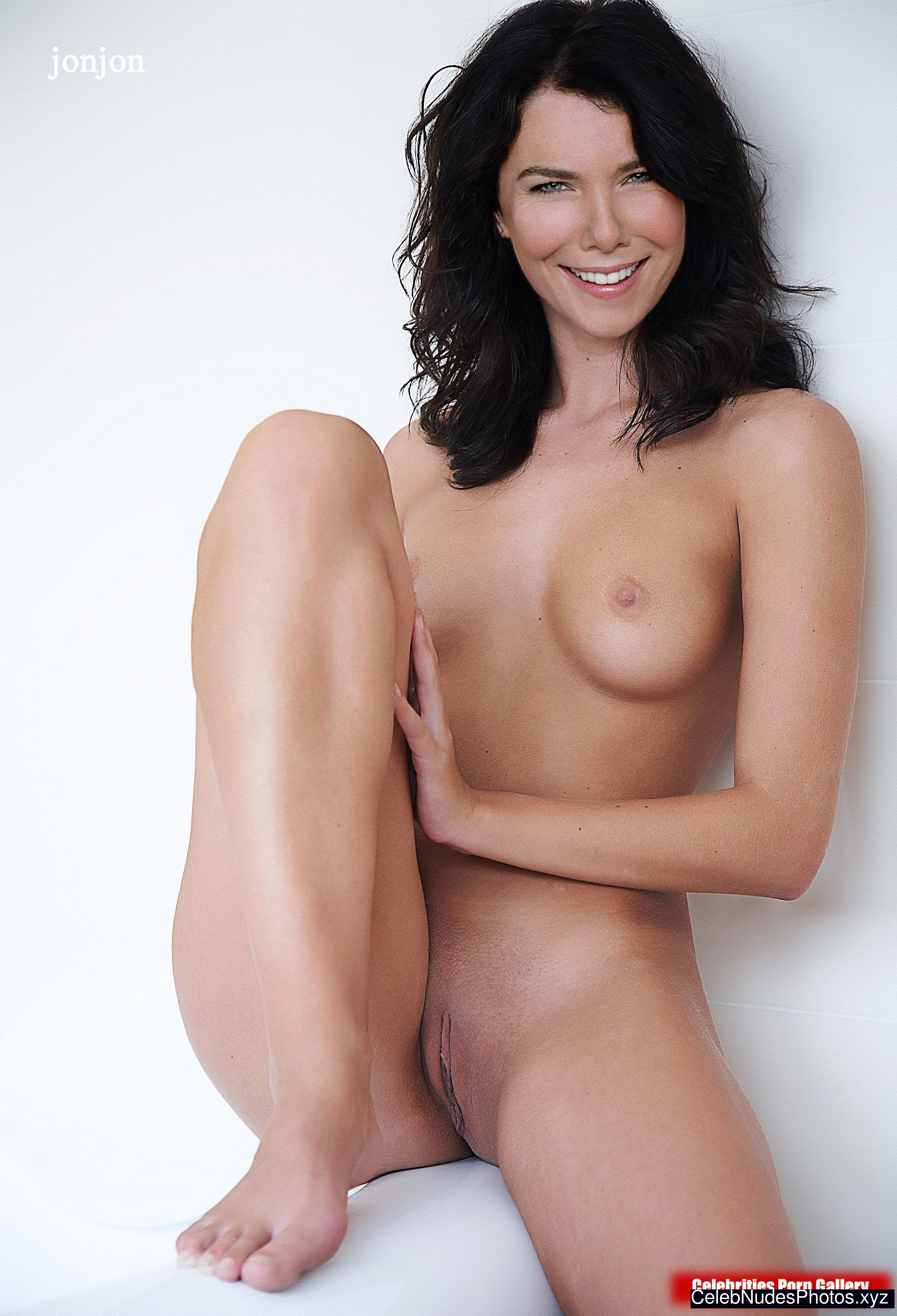 Lauren Graham naked celebritys