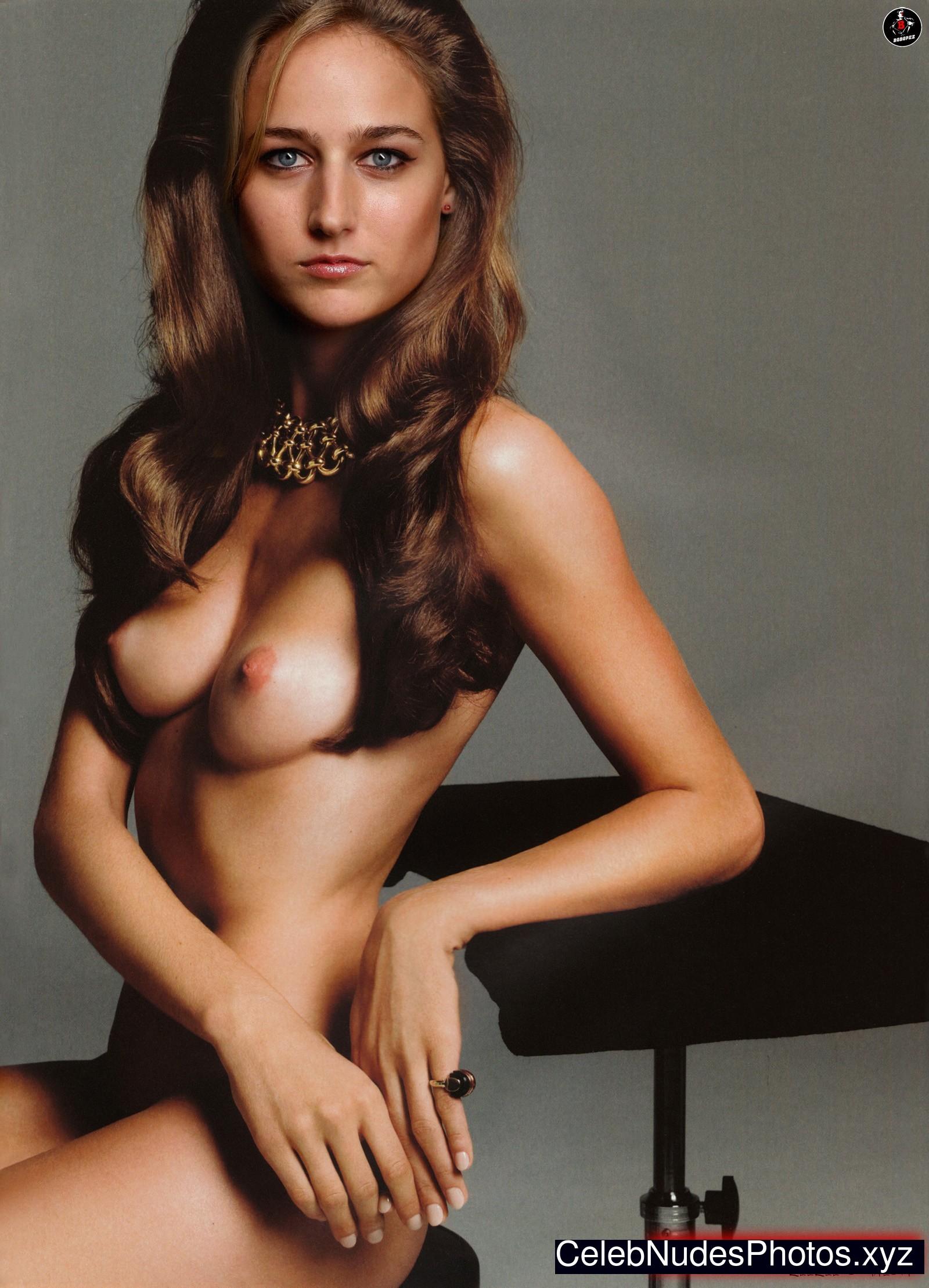 Leelee Sobieski celebrity nude pics