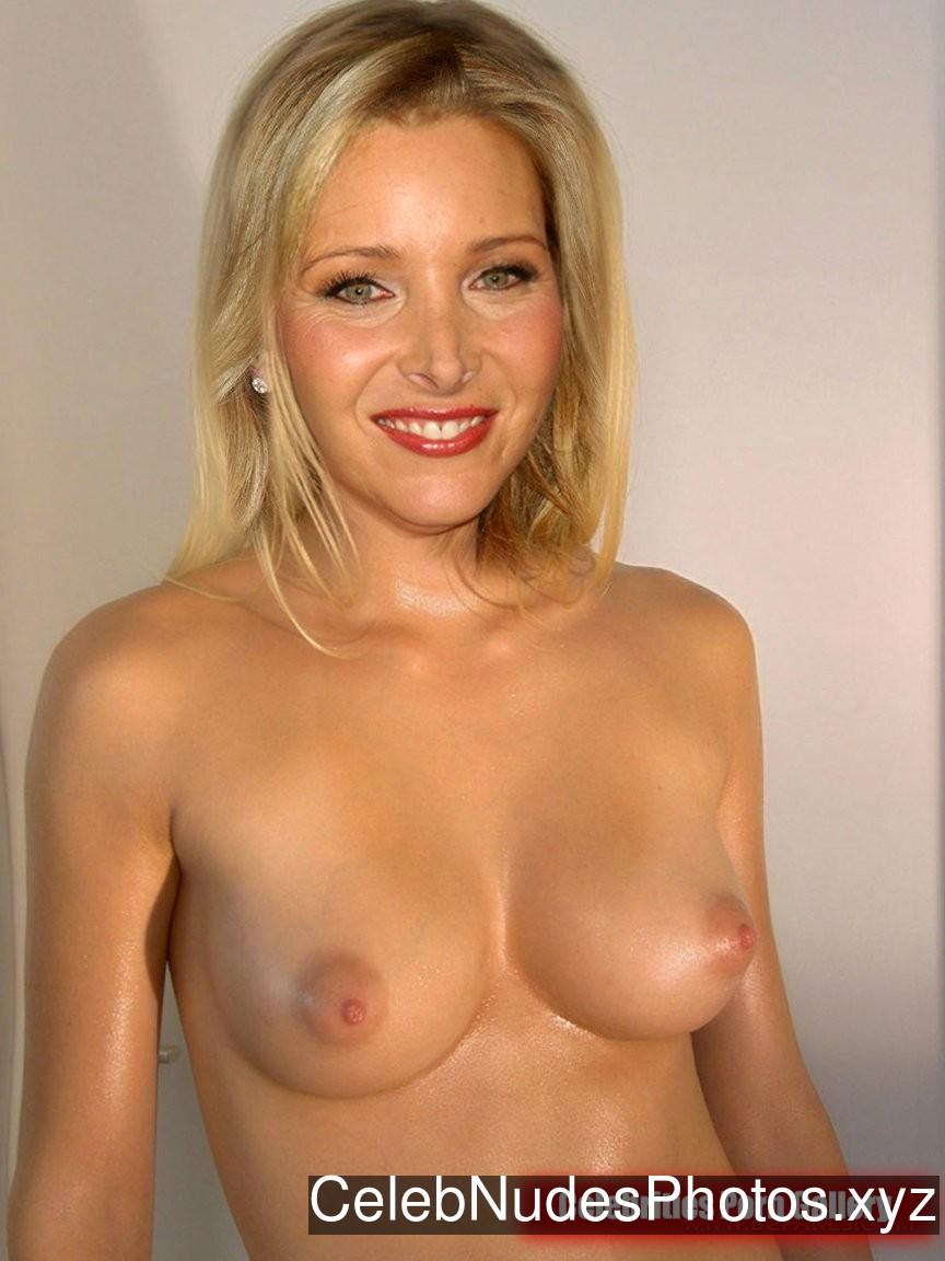 Lisa Kudrow naked celebrity