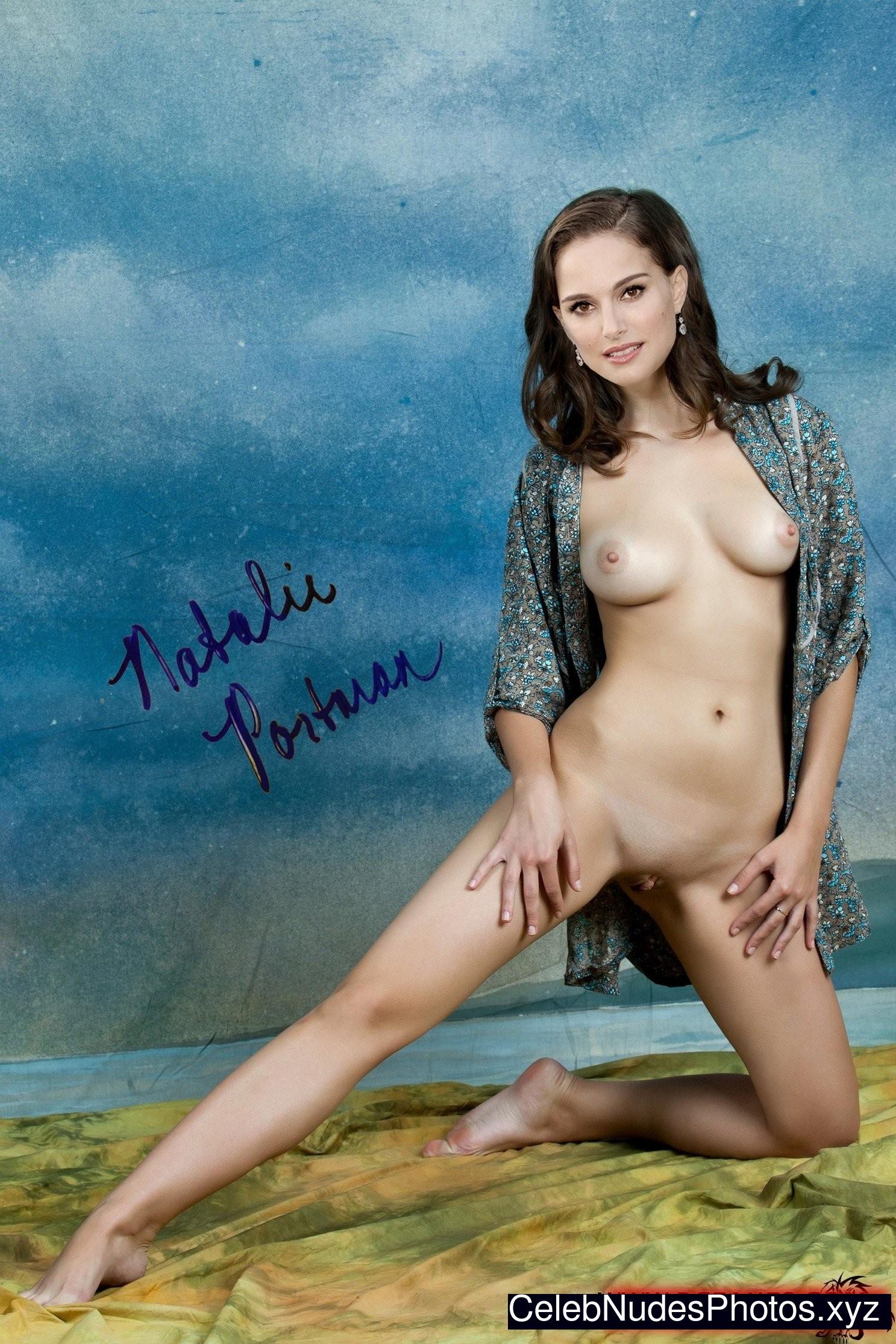 Natalie Portman celebs nude