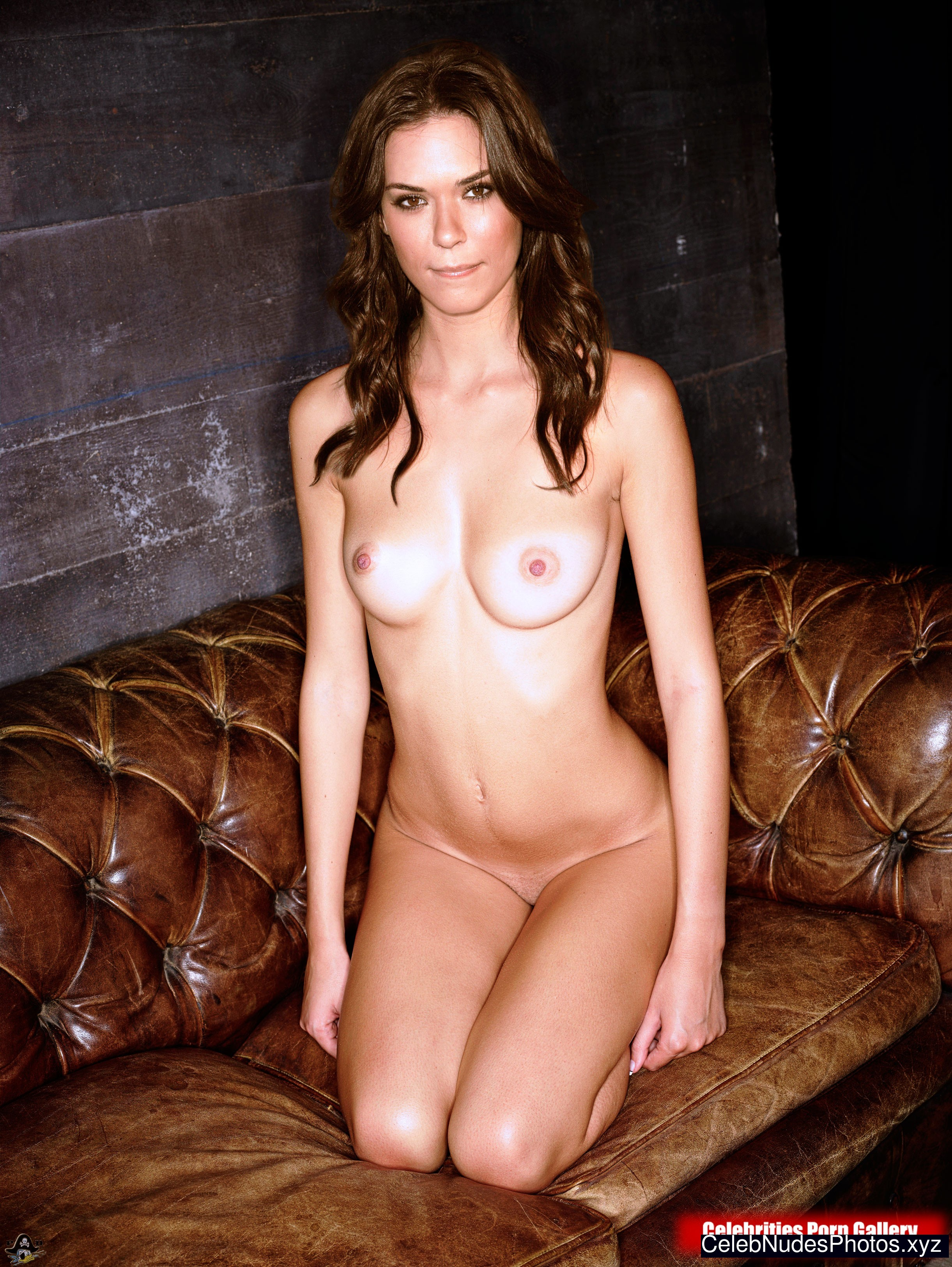 Odette Annable (née Yustman) naked celebritys