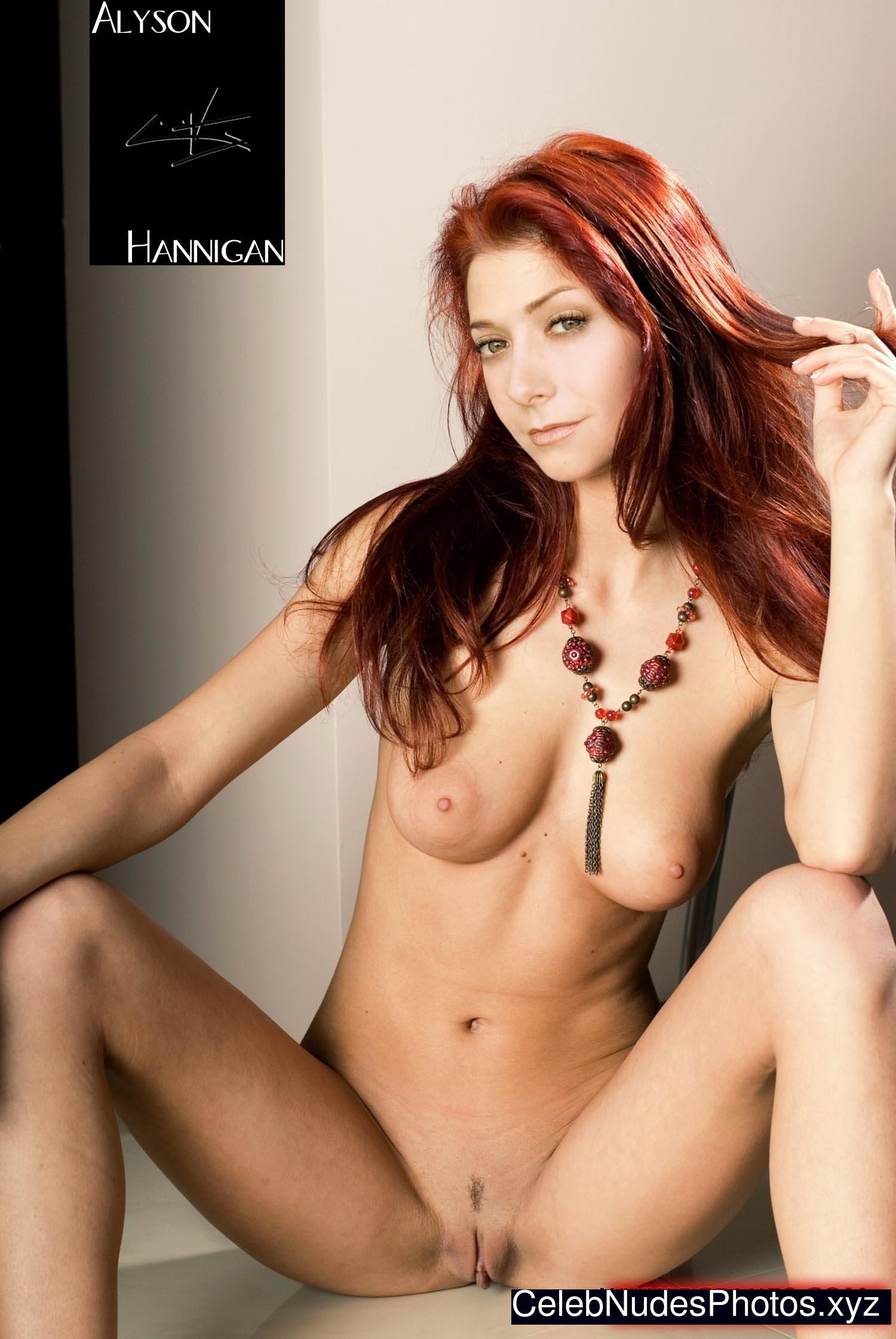 alyson hannigan sexy topless