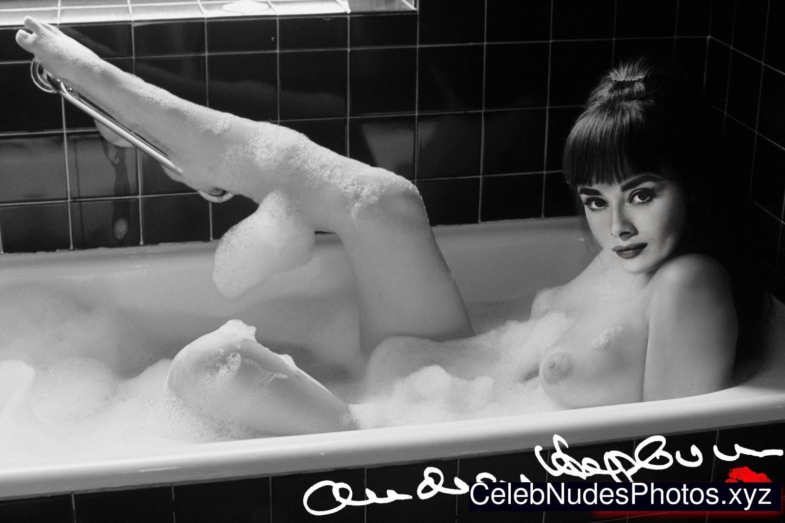 Rebecca scott nude