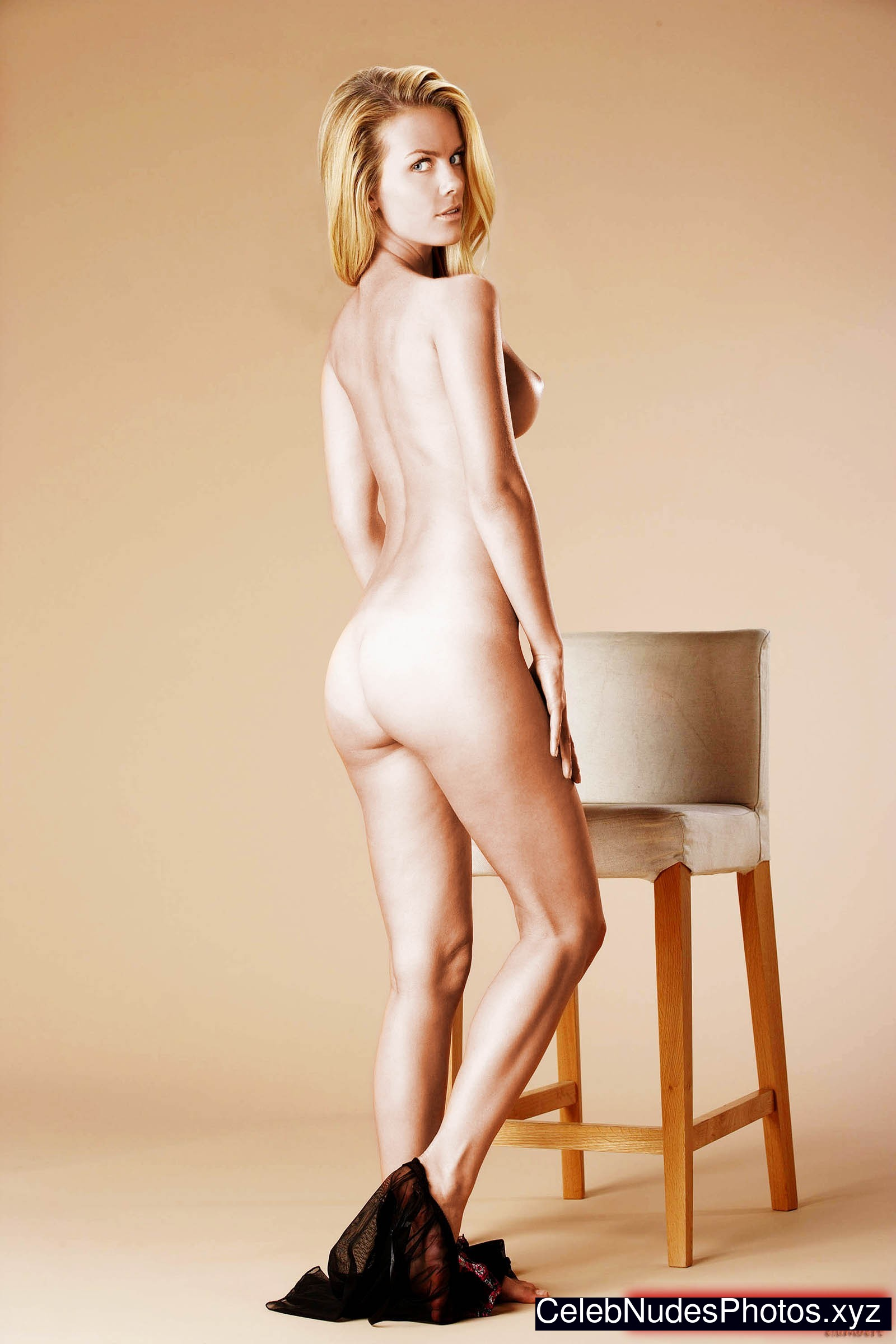 naked and horny brooklyn decker