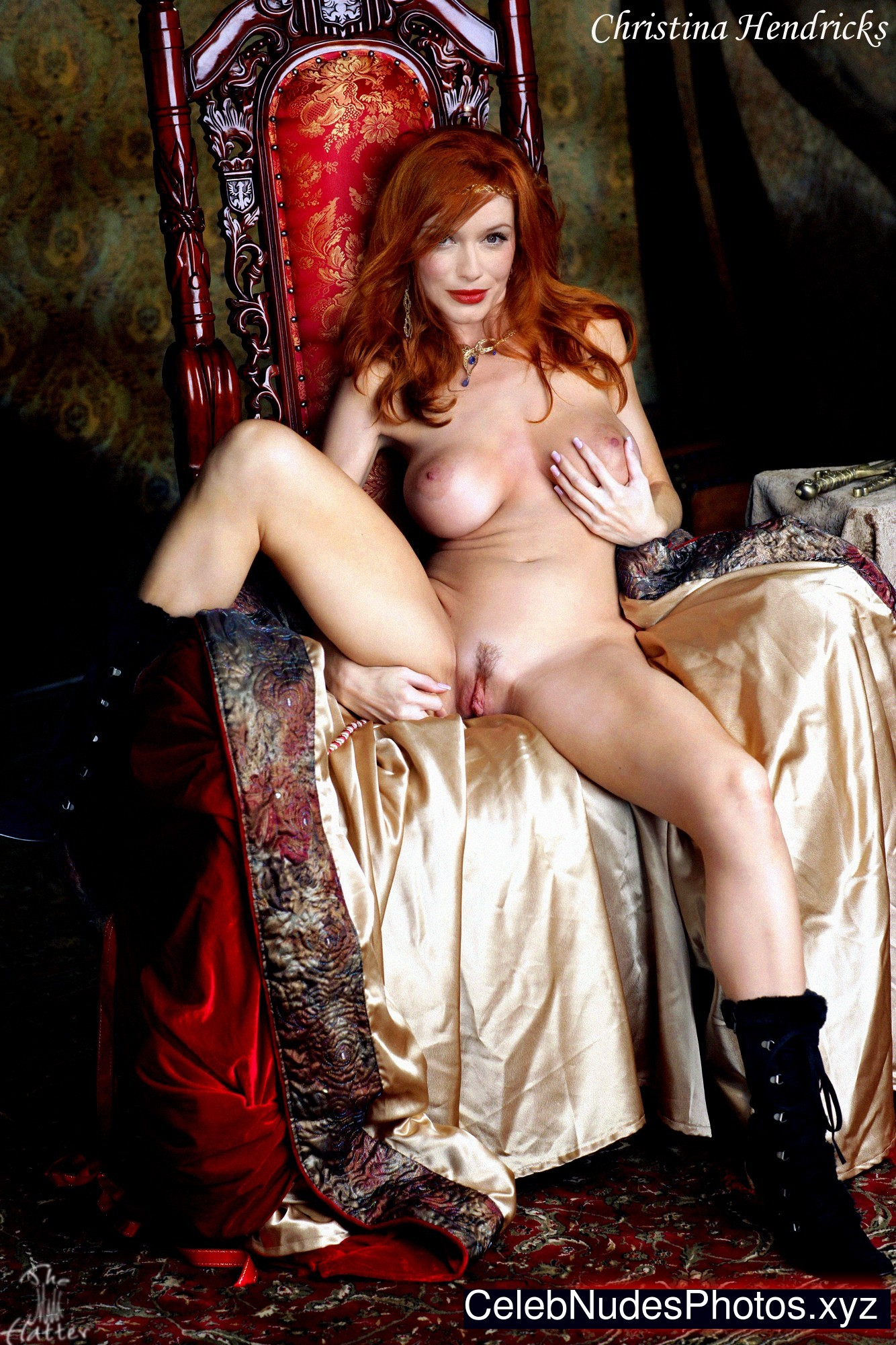 Christina hendricks topless pics