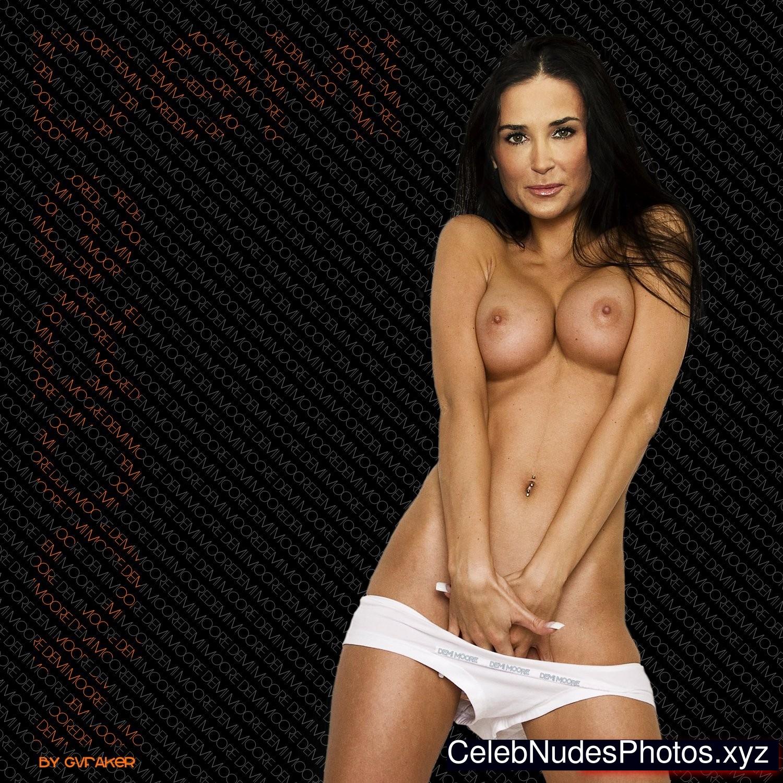 Silvia saint hot legs