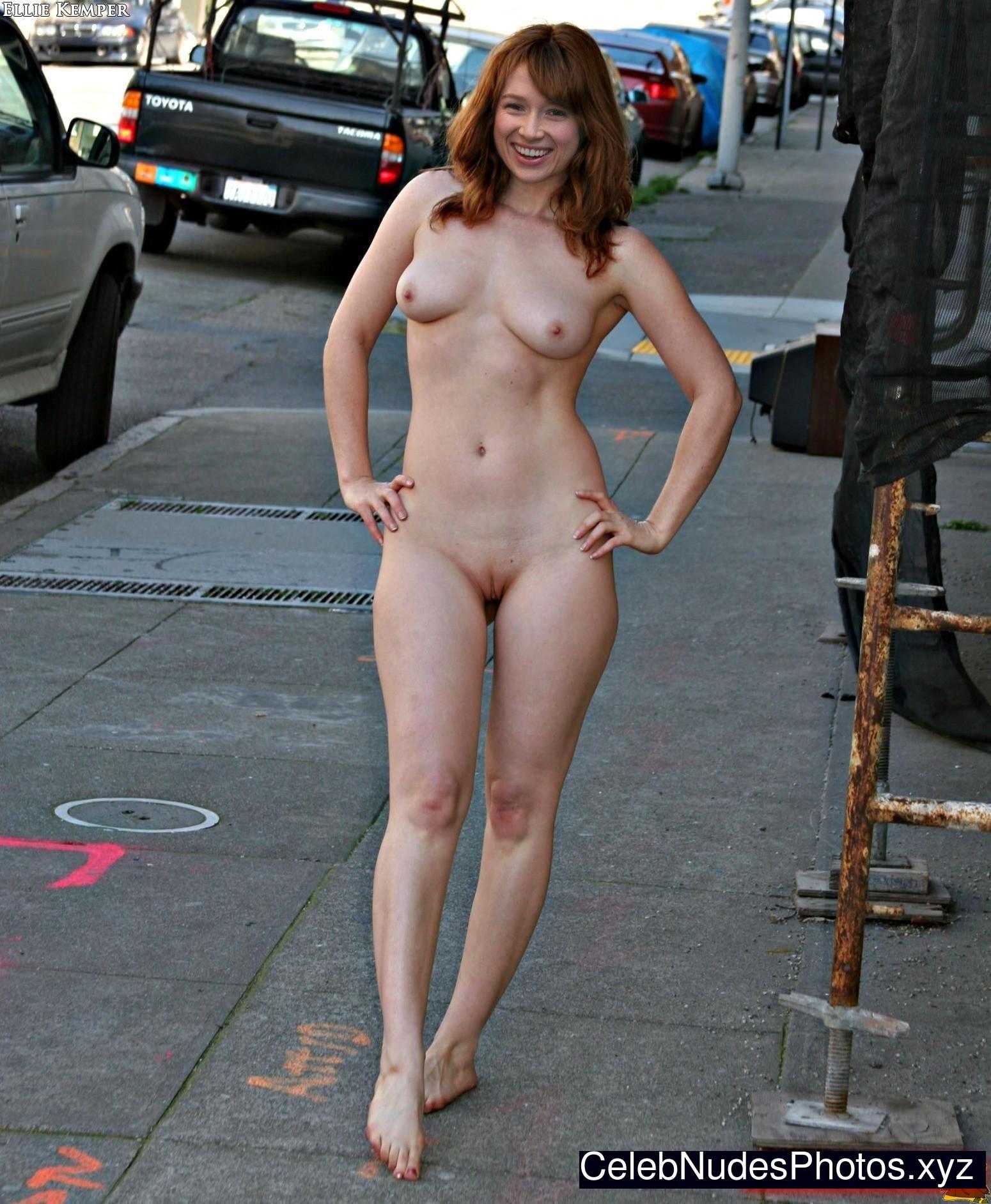 ellie kemper nude photos