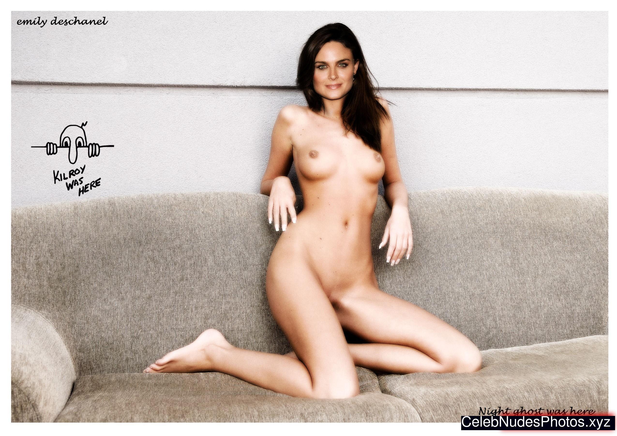 nude pics of emily deschanel
