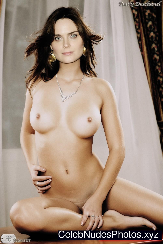 Nude photos deschanel emily