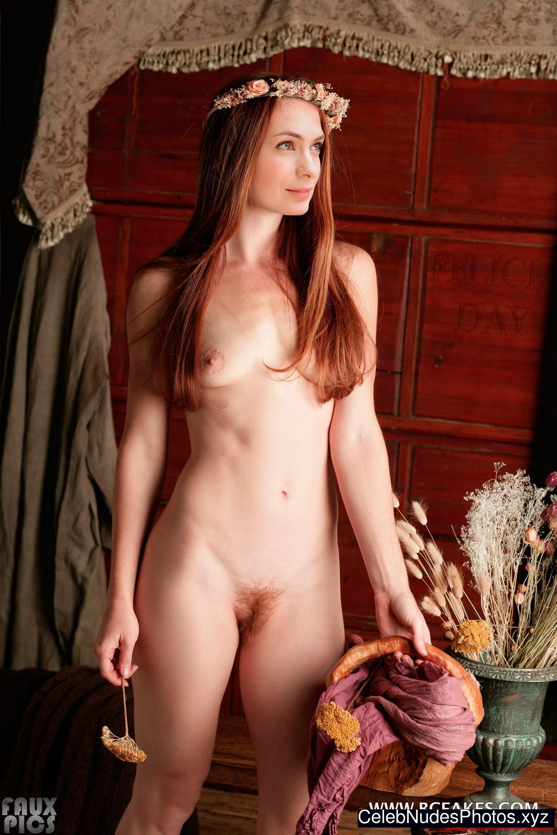 Unusual naked female tits