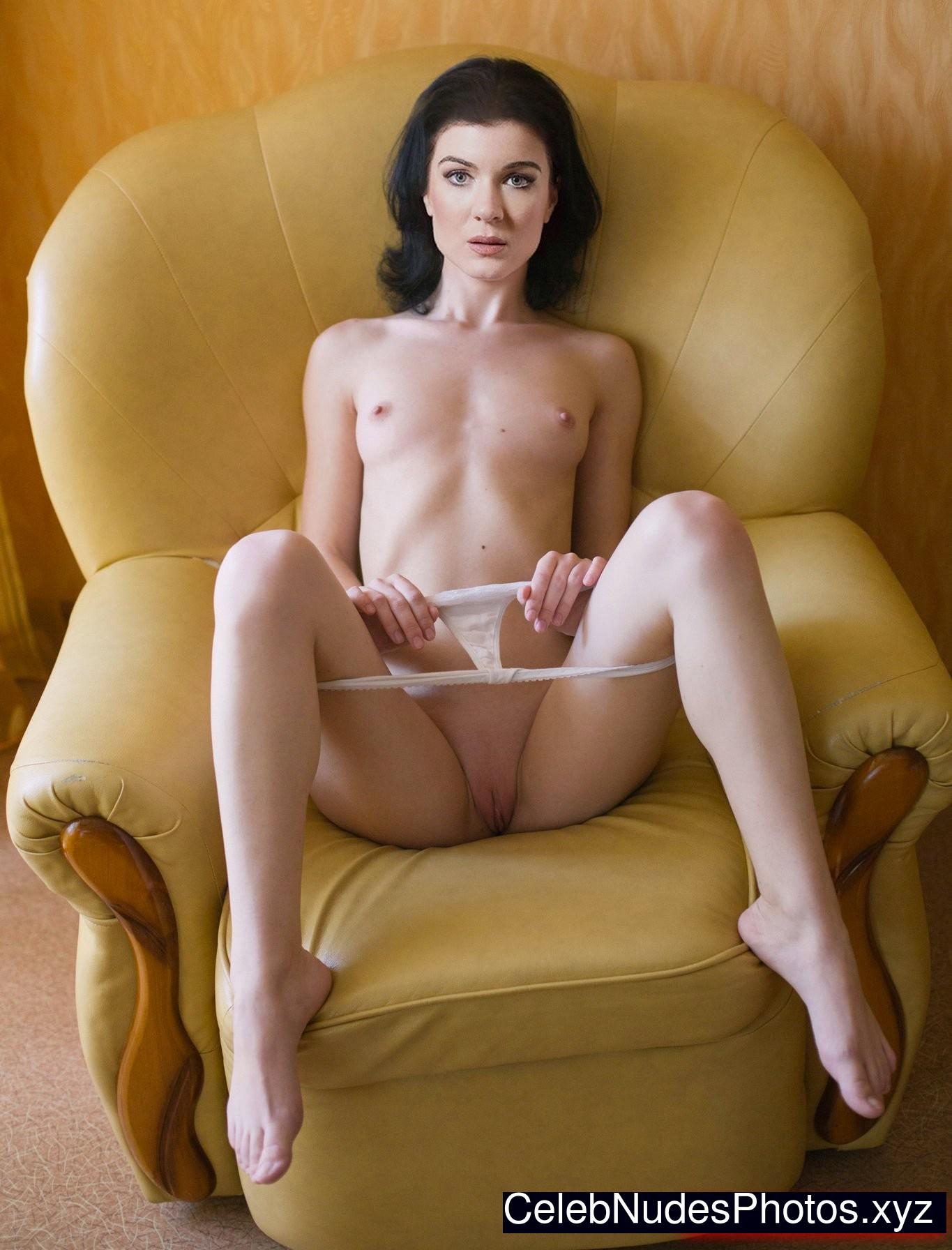 gabrielle miller naked